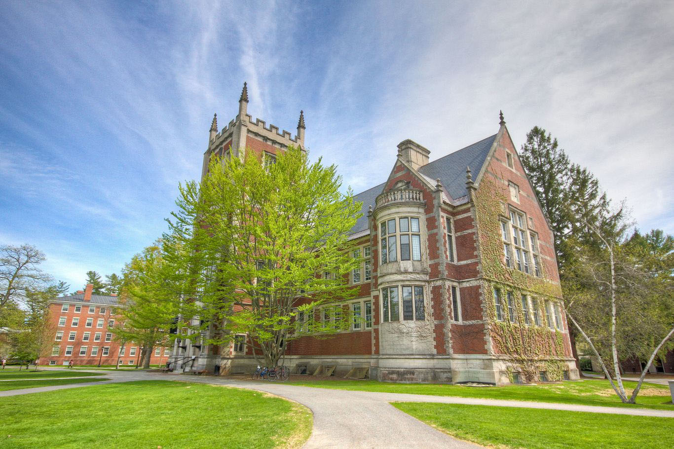 What Does It Cost to Attend Bowdoin College?