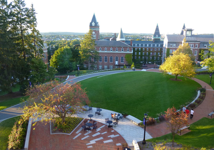 What Does It Really Cost to Attend The College of the Holy Cross?