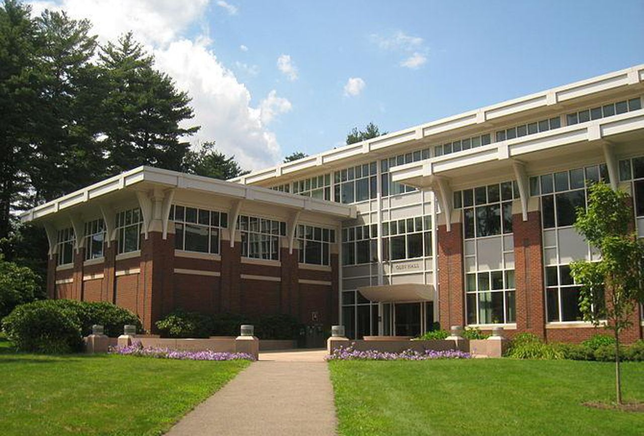 What Does It Cost to Attend Babson College?