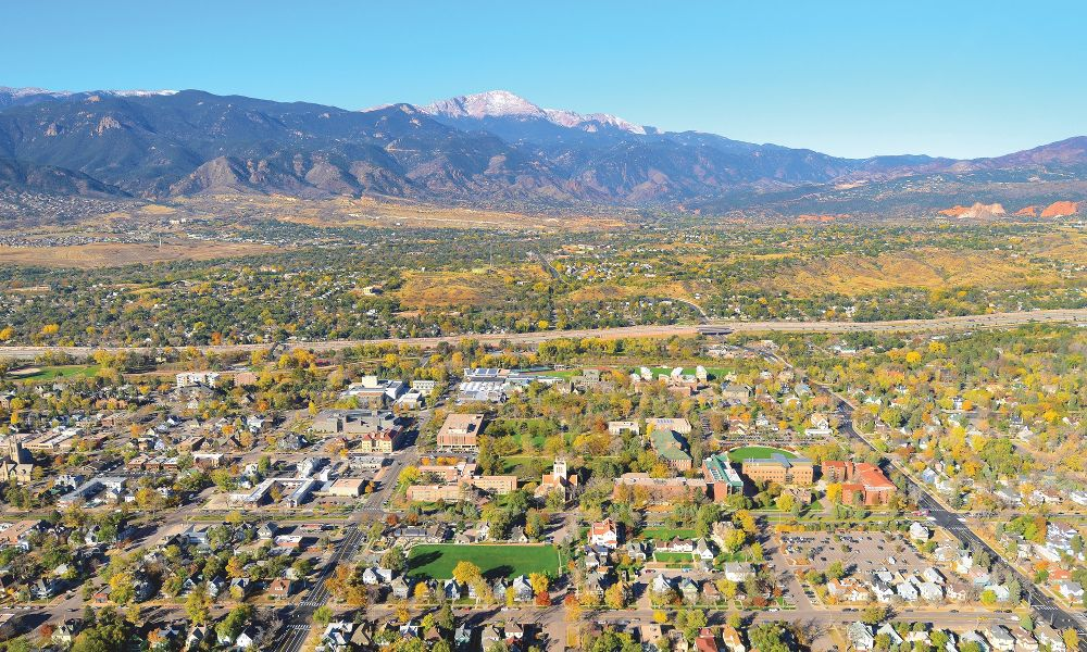 What Does it Cost to Attend Colorado College?