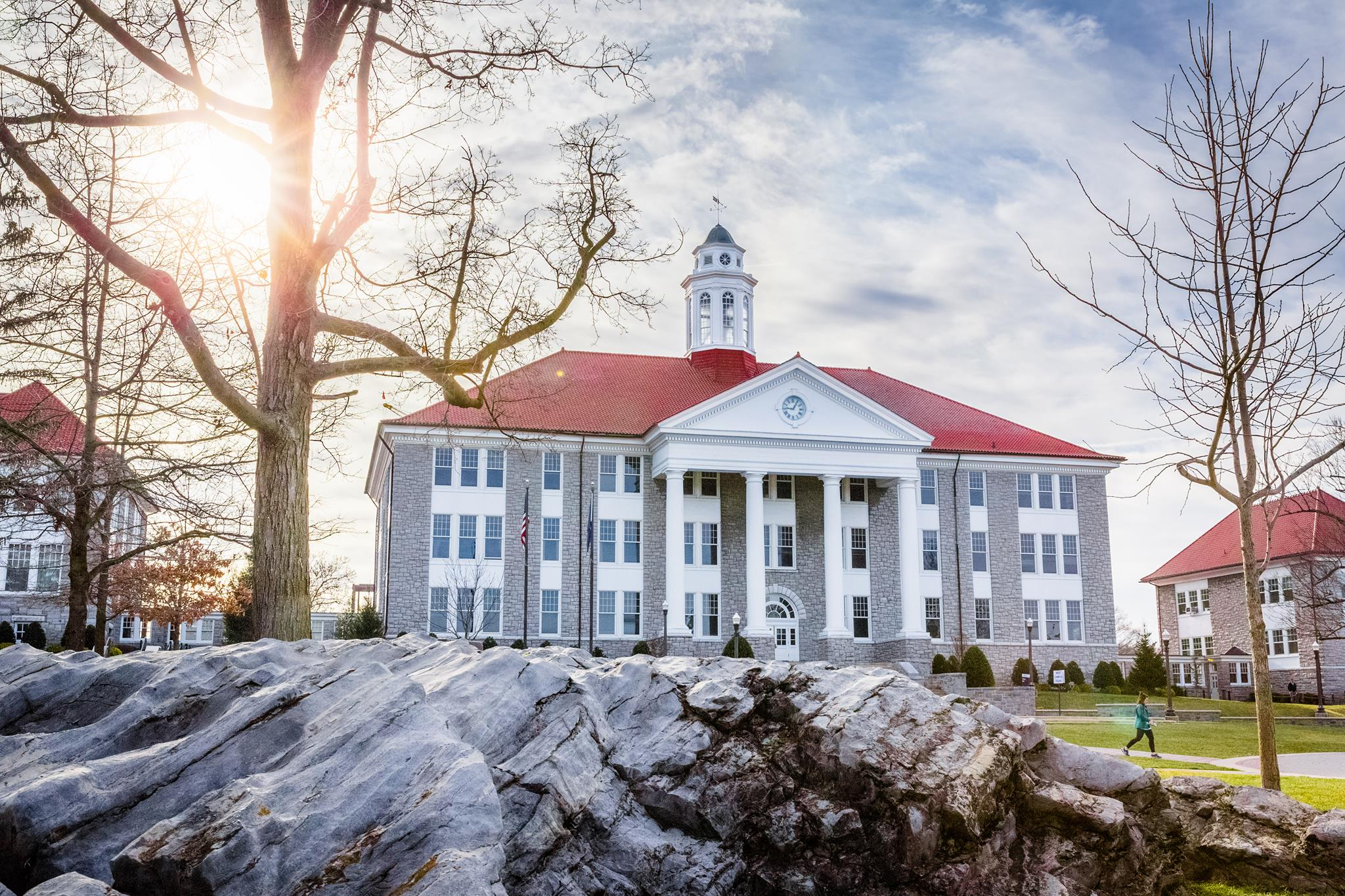 What Does it Cost to Attend James Madison University?