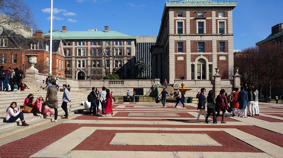 A High School Parent's College Visit Checklist