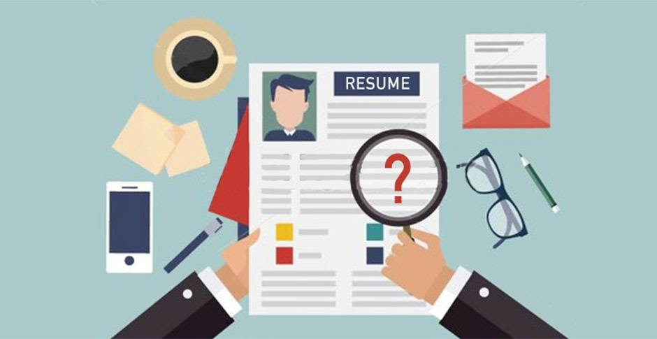 Should You Include a Photo on Your Resume?