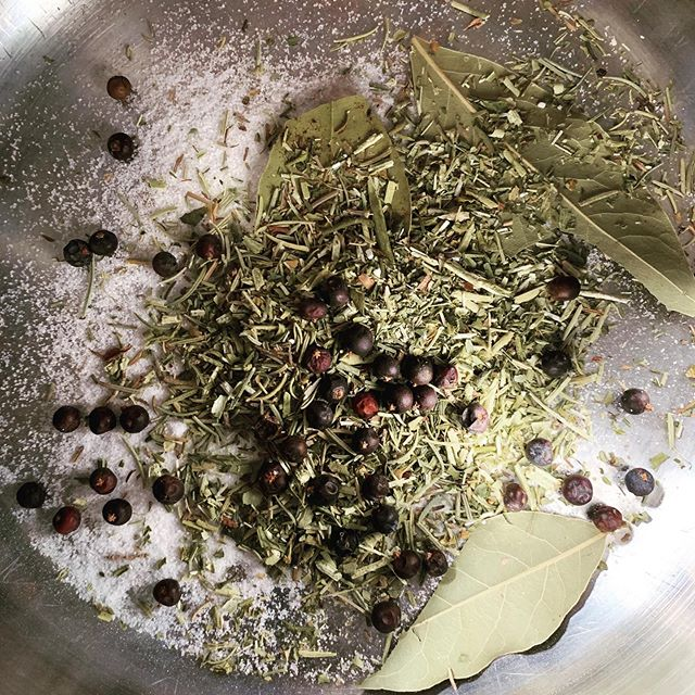 A few too many things going bump in the night (and afternoon) lately. Brewing up some blessing water for a full moon cleansing. #kitchenwitchery #blessingwater #folkmagic #fullmoonmagick #fullmoon #spaceclearing