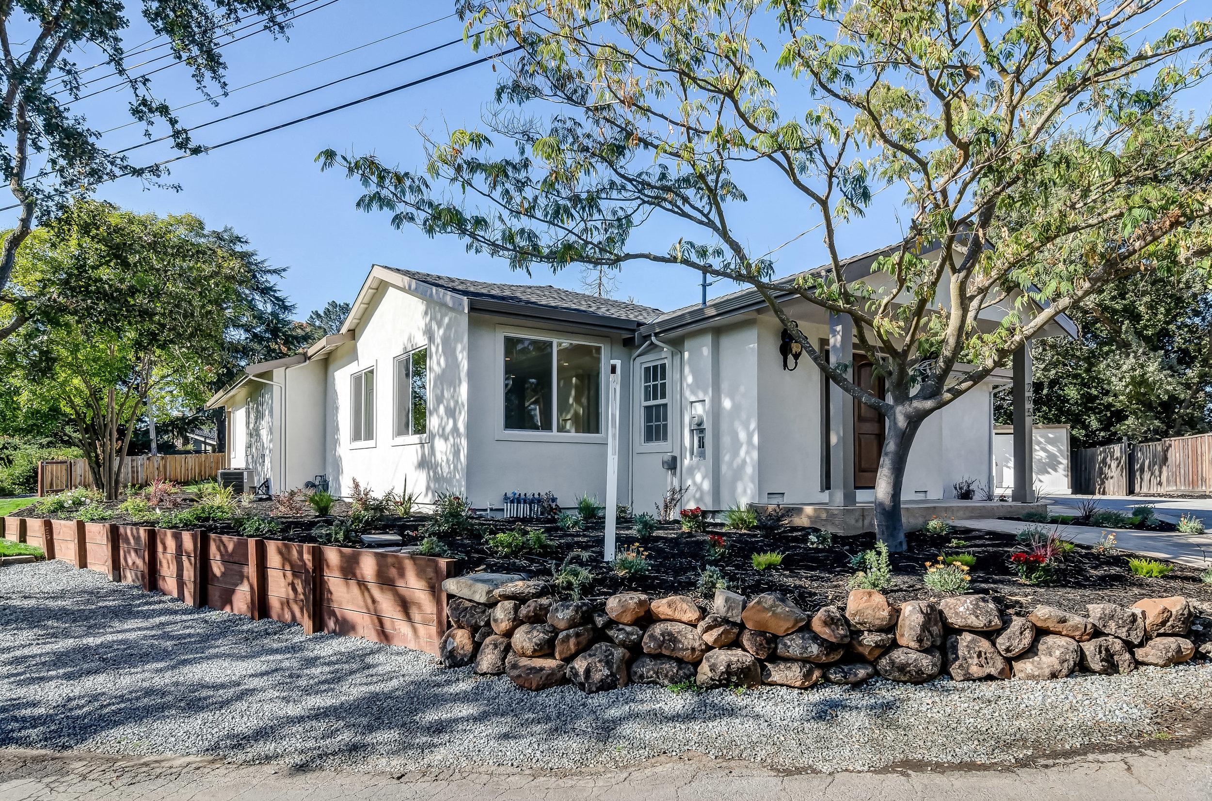 295 Oakvue Lane, Pleasant Hill -