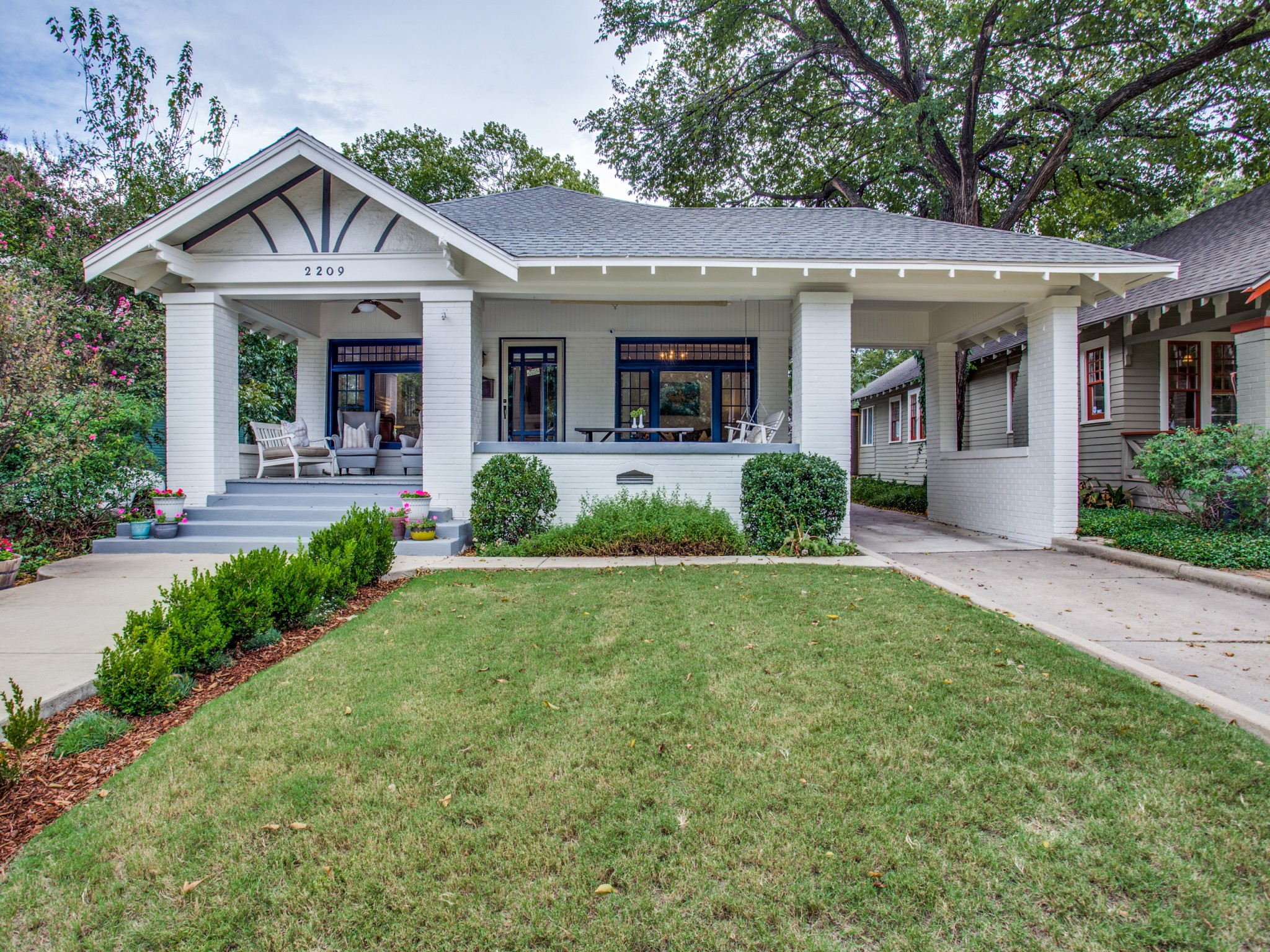 2209-6th-ave-fort-worth-tx-MLS-2.jpg