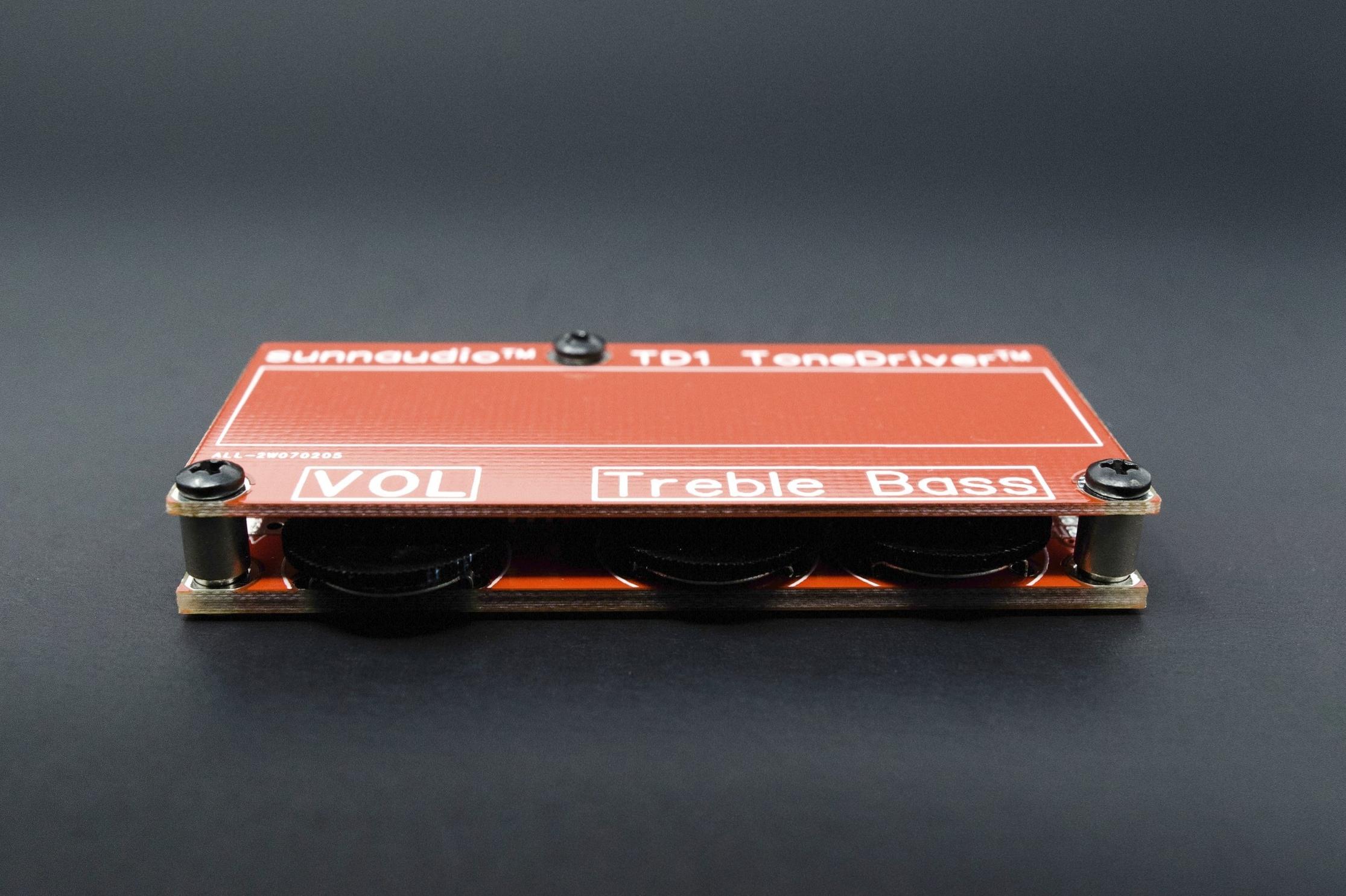 Tone Driver    - Same premium tone circuit as our Stage DI