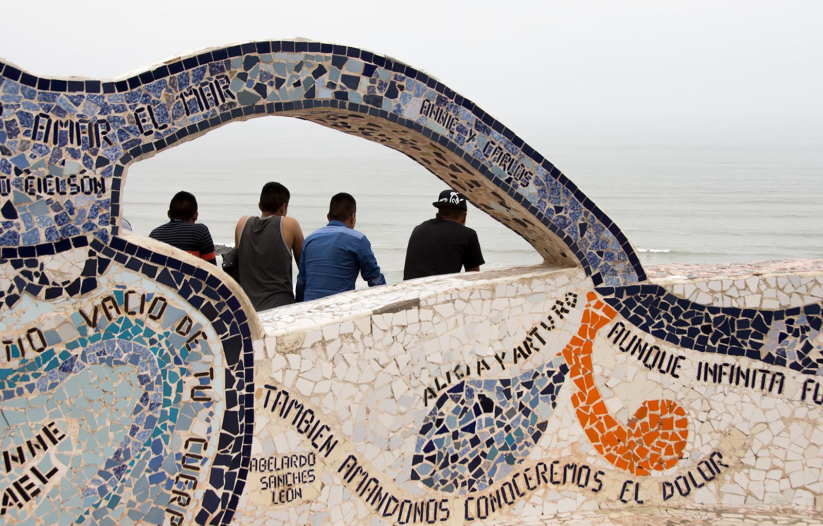 MirafloresParkPeople.jpg
