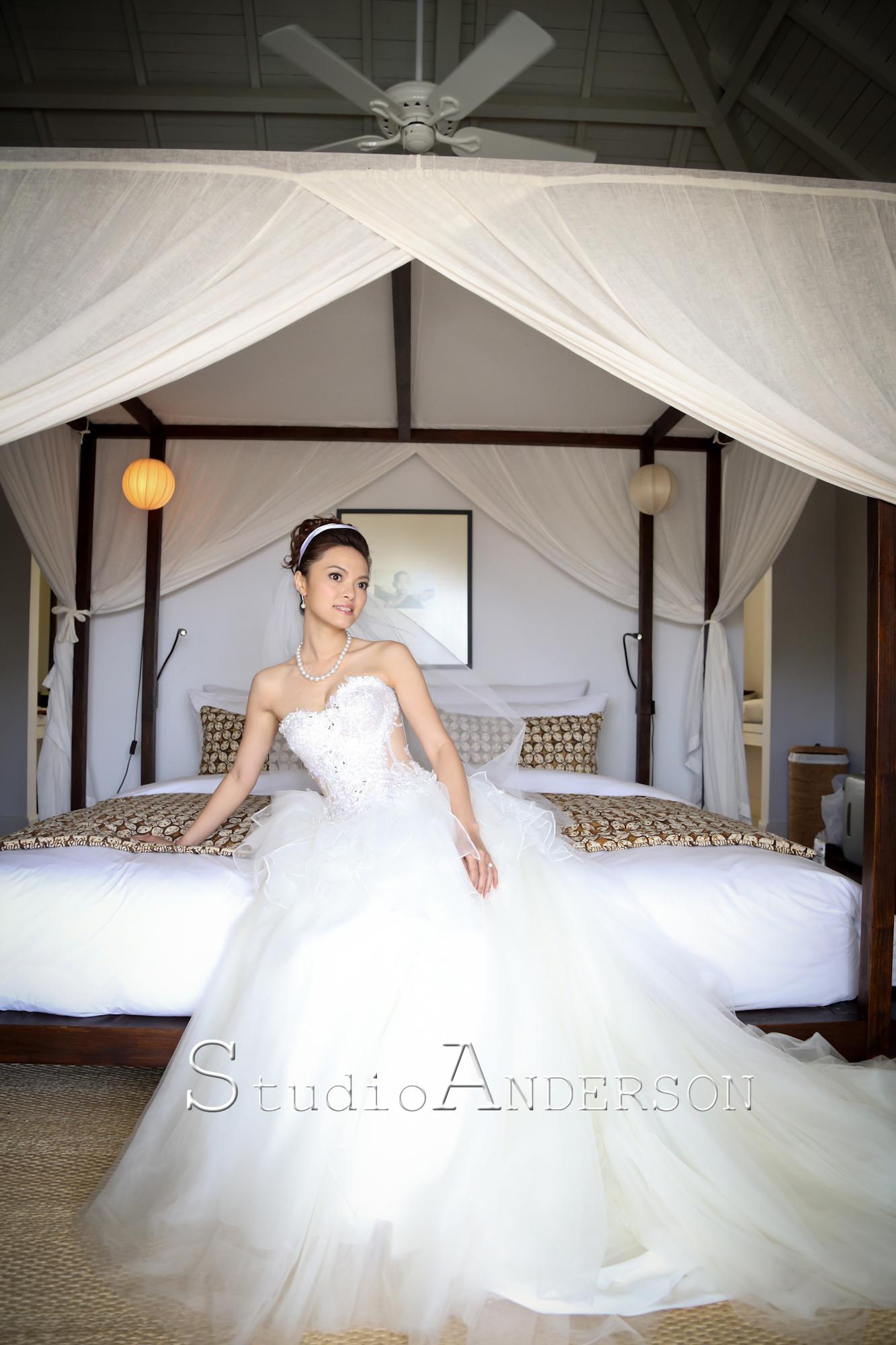 Pretty bride Chrisie is ready!
