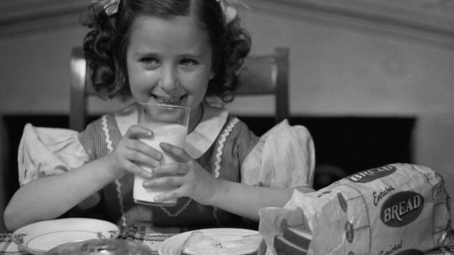 Is milk healthy? - Canada's new food guide says not necessary