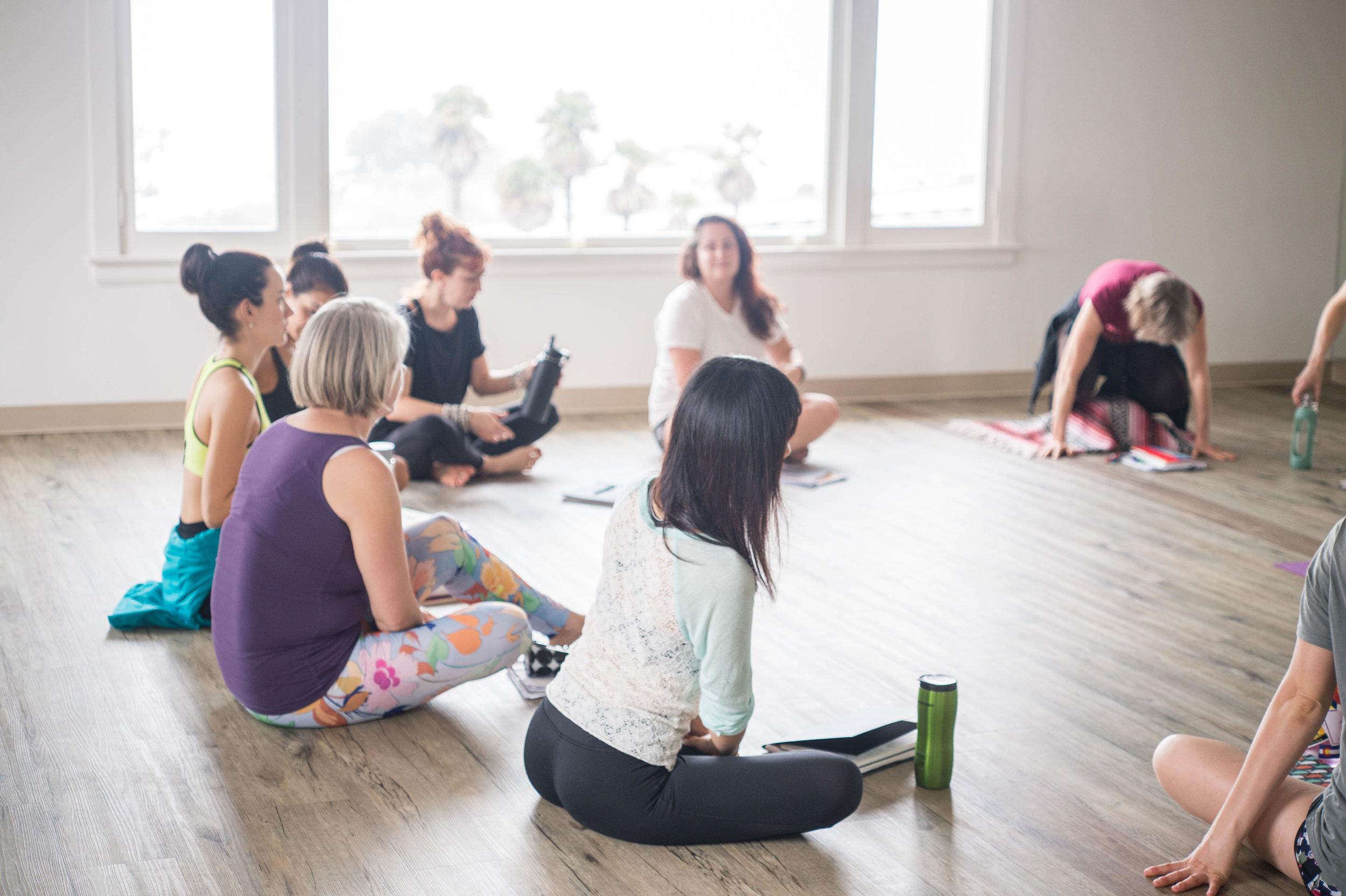500hr-yoga-teacher-training-santa-barbara-lecturejpg
