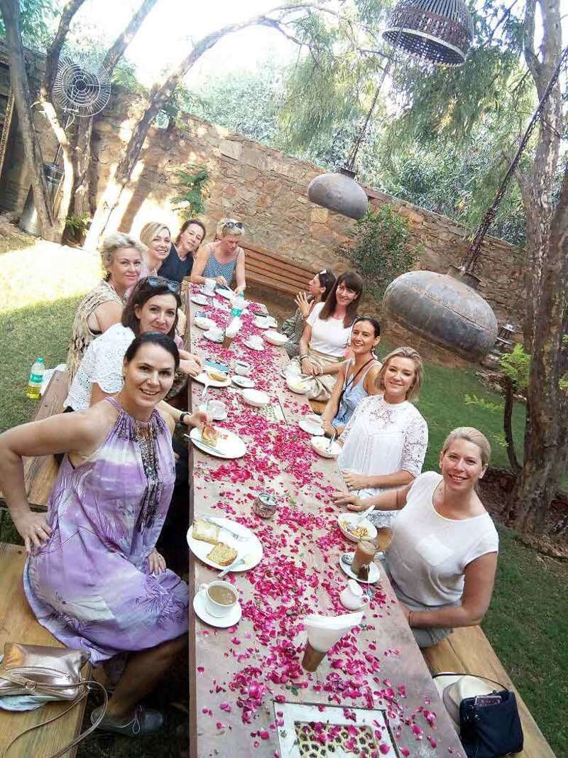flow-yoga-teacher-training-pushkar-india-meal.jpg