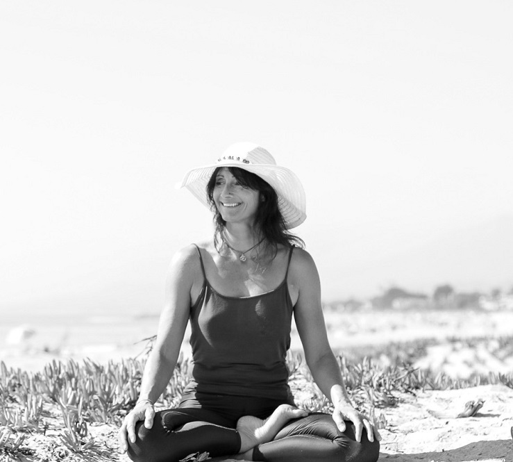 juliette-snijders-yin-yoga-teacher-training-instructor-norway.jpg