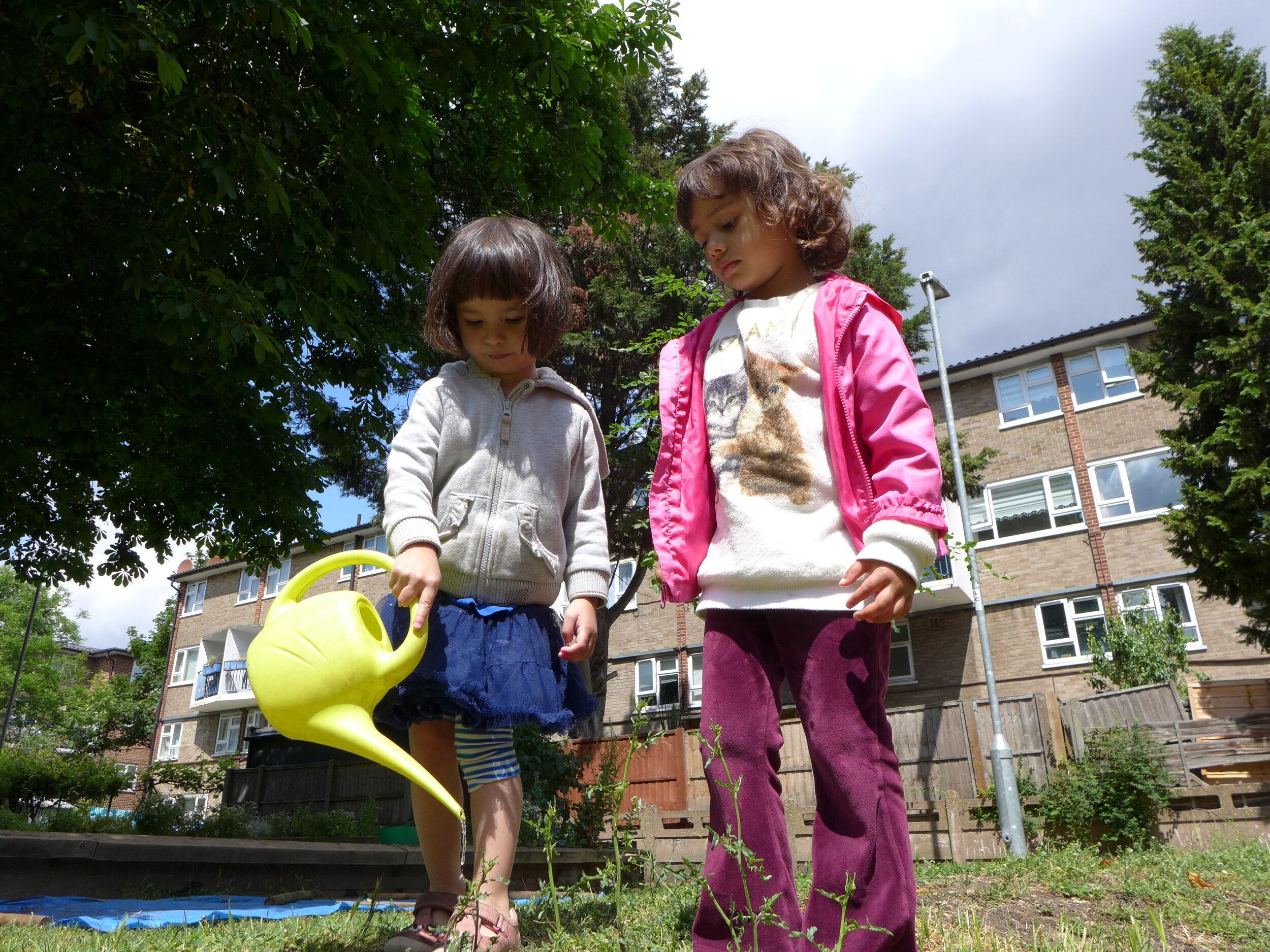 Nature play in urban spaces -
