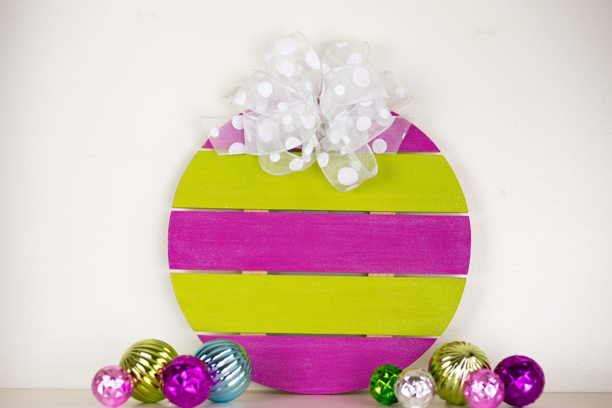 Sparkle Ornament Finished.jpg