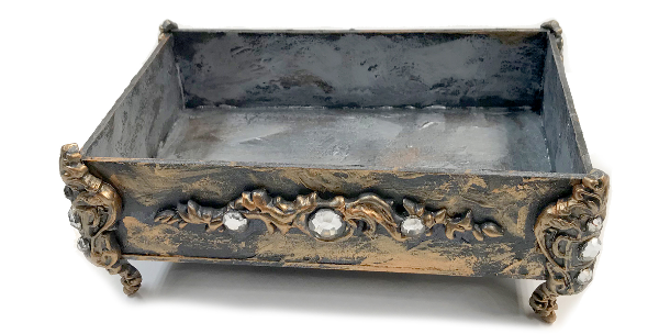 jewelry box made with Thibra.png