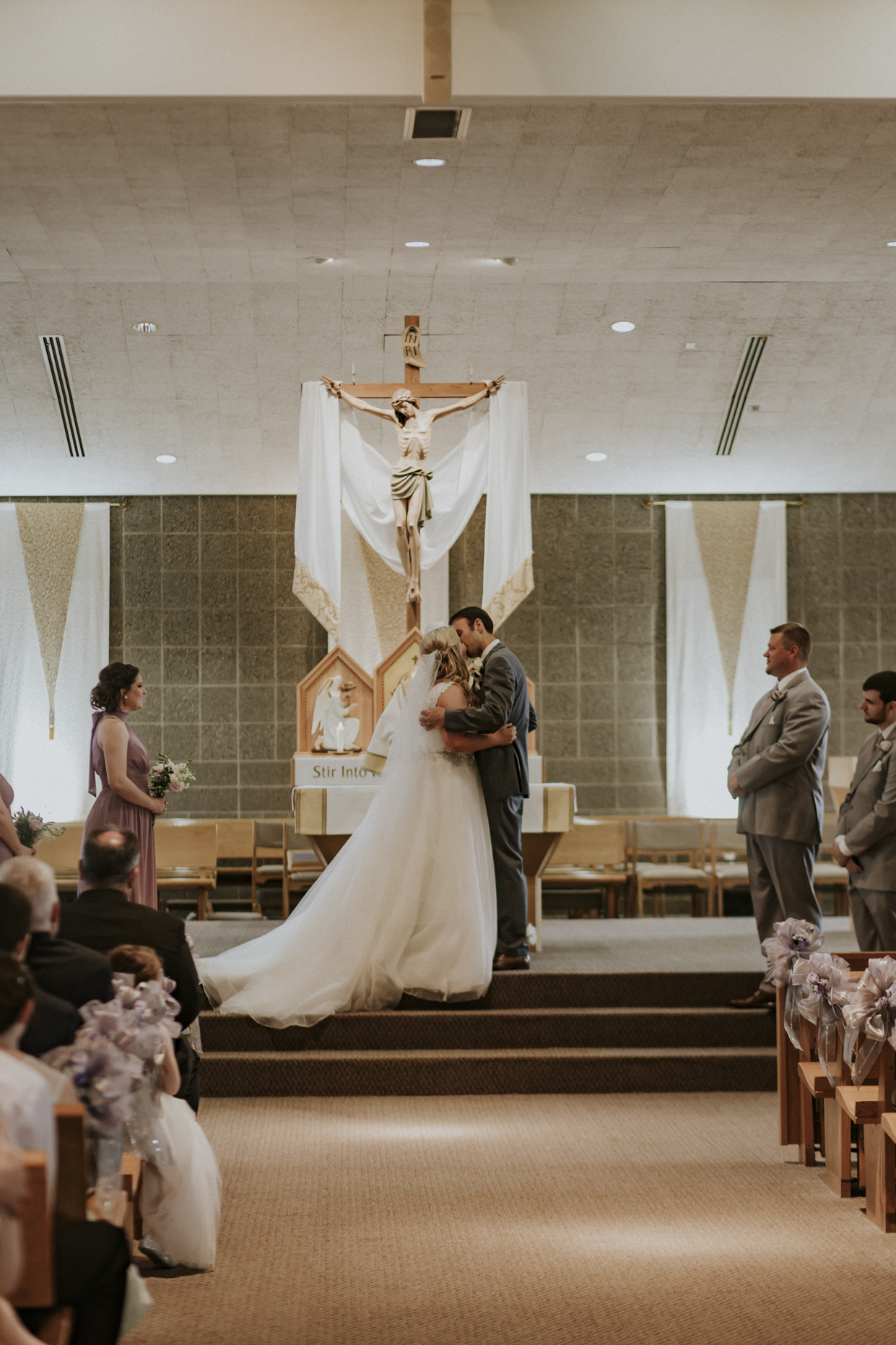 Kaylen and Eric's Romantic Countryside Wedding in Cincinnati, Ohio