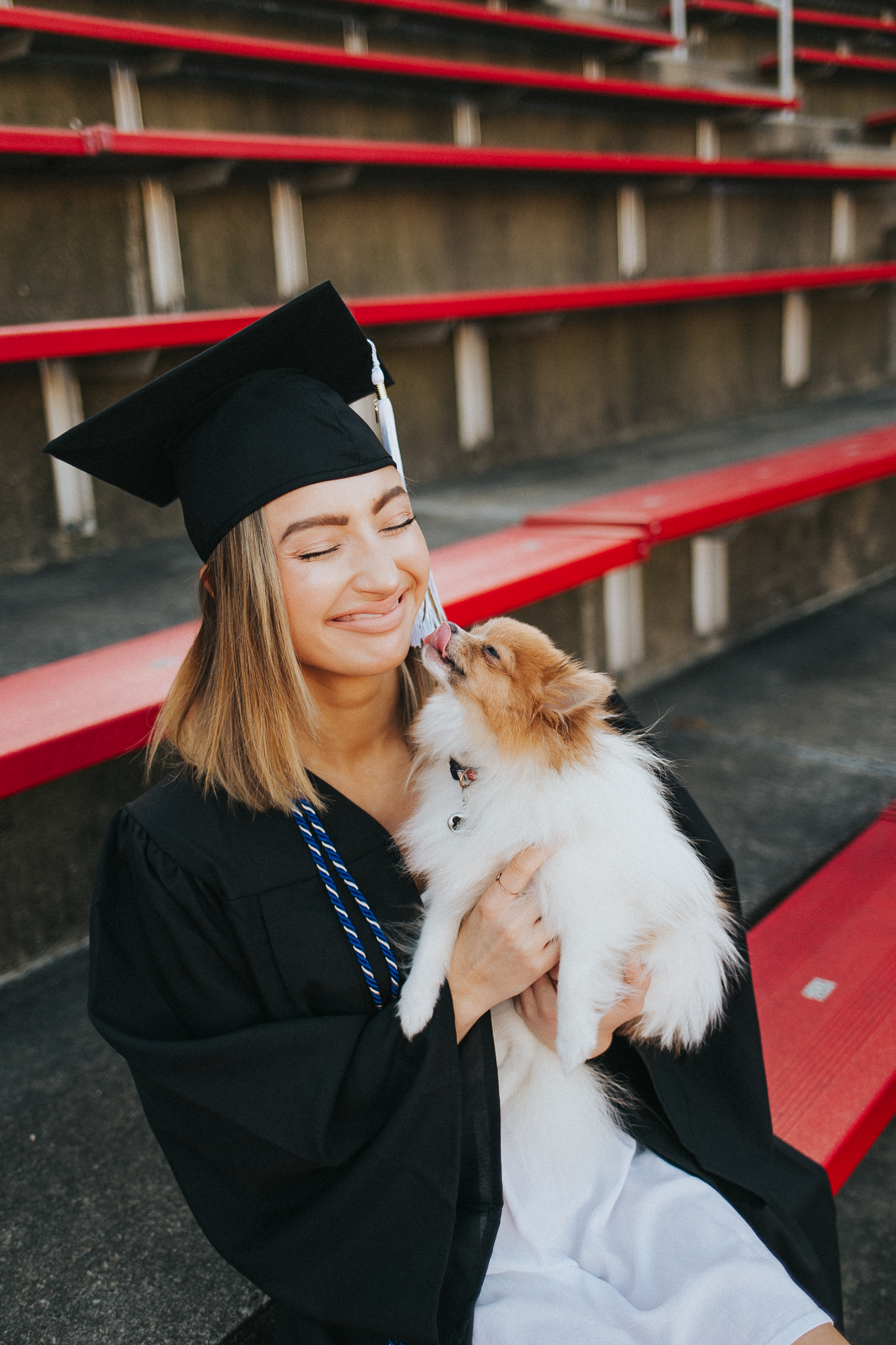 University of Cincinnati Class of 2019 Senior Girl Photography | Senior Photography | Girl Senior | UC | University of Cincinnati Senior | UC Seniors | Cap and Gown | Class of 2019 | Grads | Congrads | Graduation Photo | Cap and Gown | Tasse