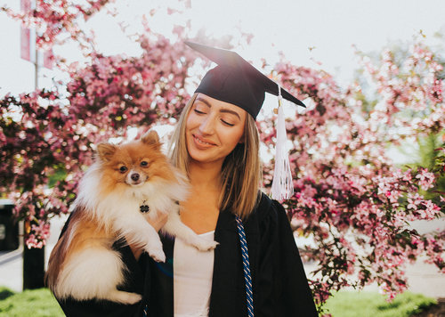 Senior Girl Photography | Senior Photography | Girl Senior | UC | University of Cincinnati Senior | UC Seniors | Cap and Gown | Class of 2019 | Grads | Congrads | Graduation Photo | Cap and Gown | Tasse