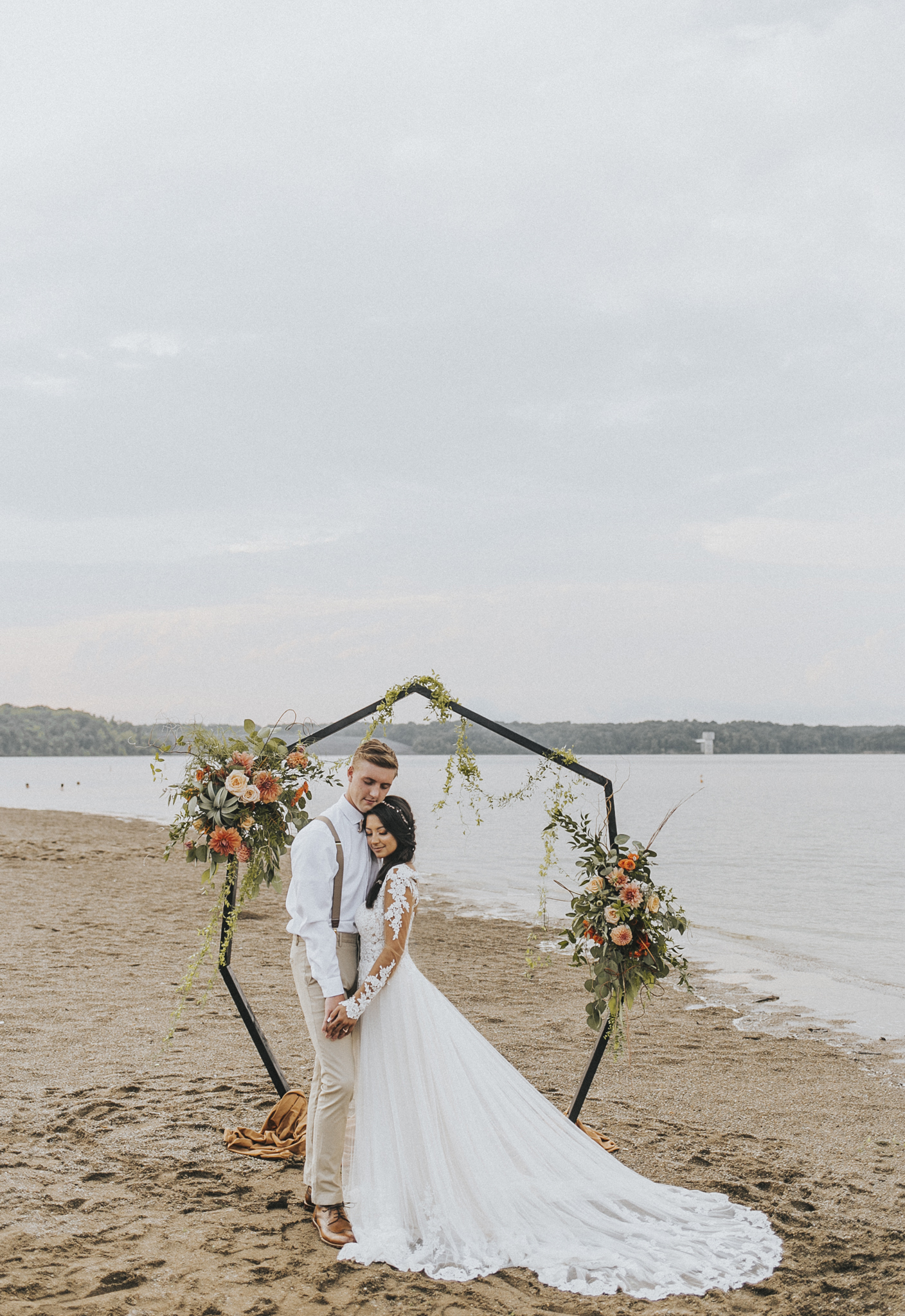East Fork Lake Elopement Bridal Photoshoot with Bare Moments Photography