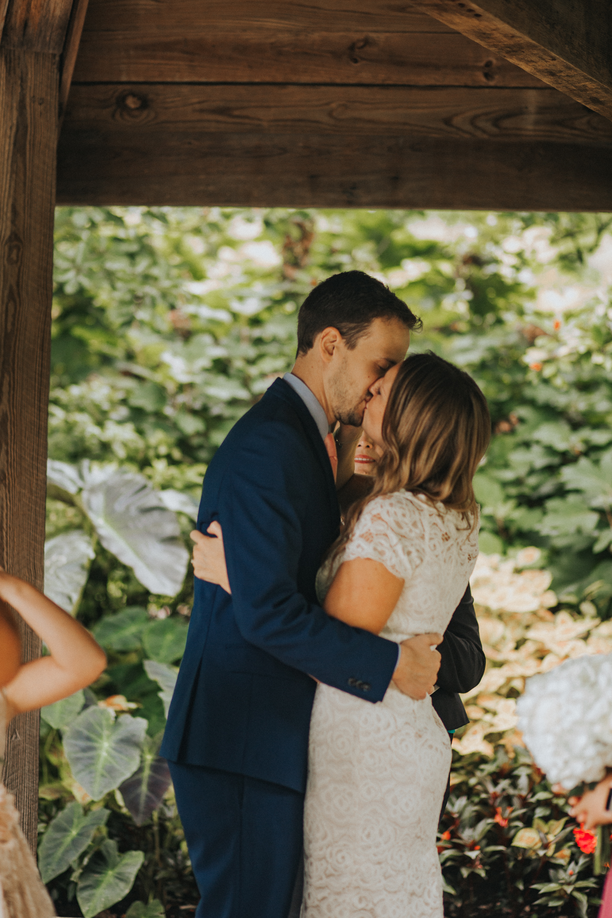 Eden Park Elopement in Cincinnati Photography by Bare Moments Photographya
