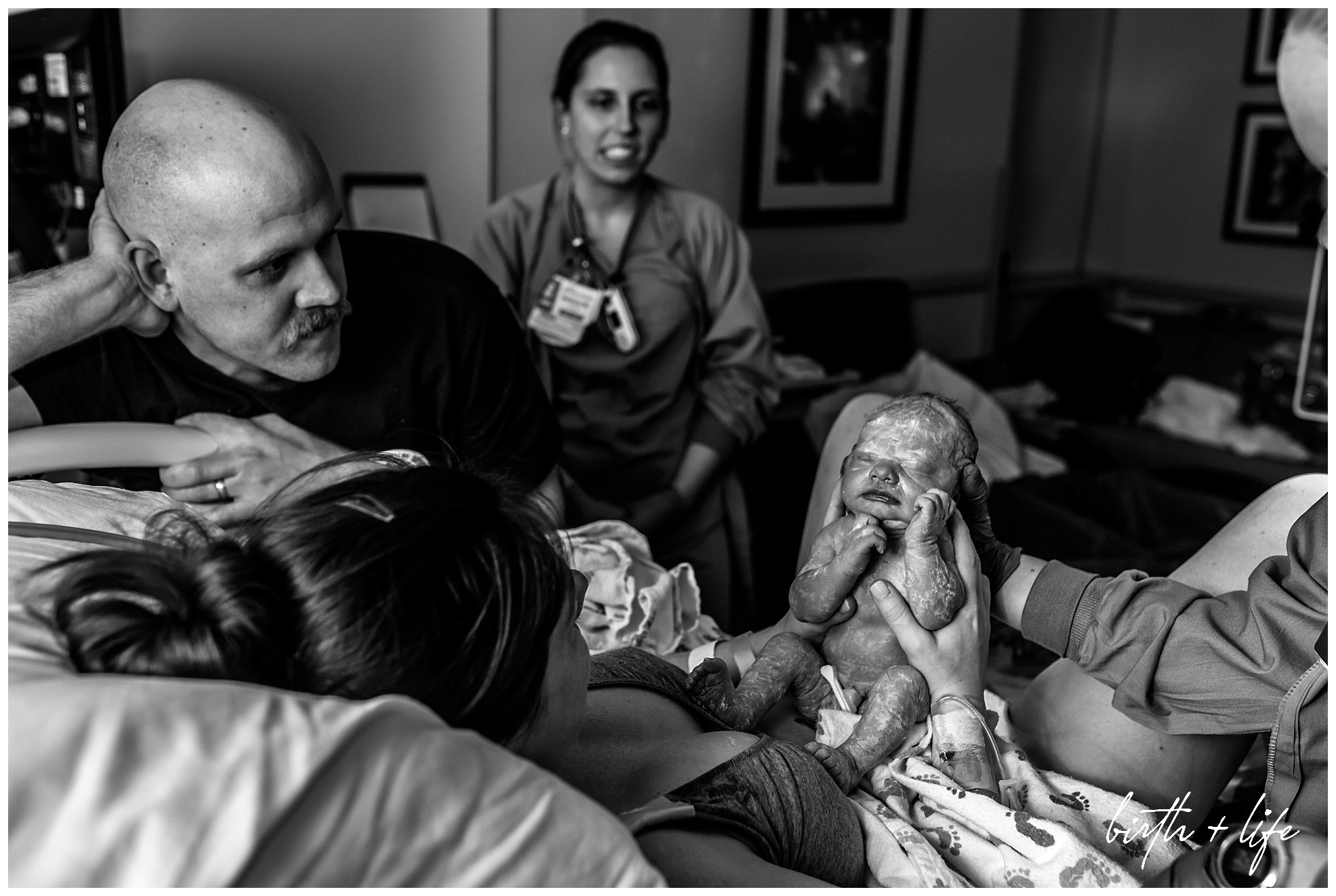 dfw-birth-and-life-photography-family-photojournalism-documentary-birth-storyacclaim-midwives-clark036.jpg
