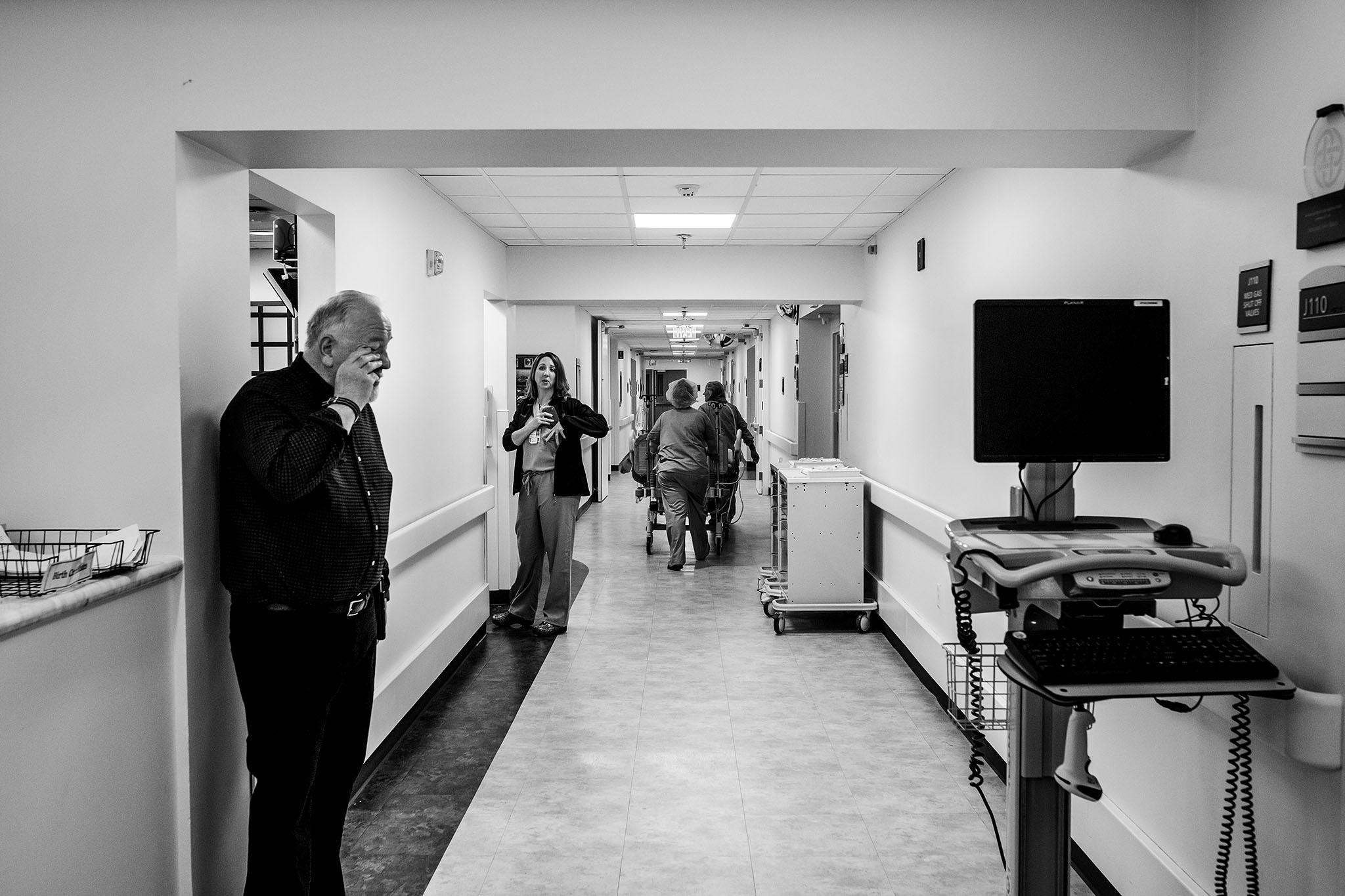 birthphotographer-fortworth-texashealthharrisdowntown-hospital-birth-natural--birth-story-babysfirstday-c-section-family.jpg