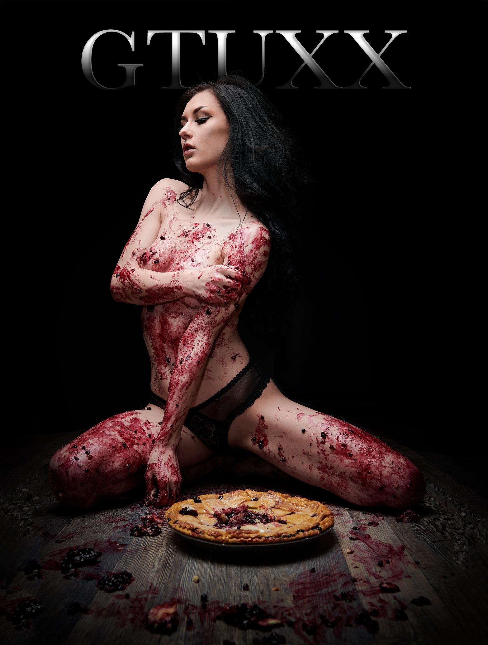 ©GTUXX Blueberry Pie Mess 4 web.jpg