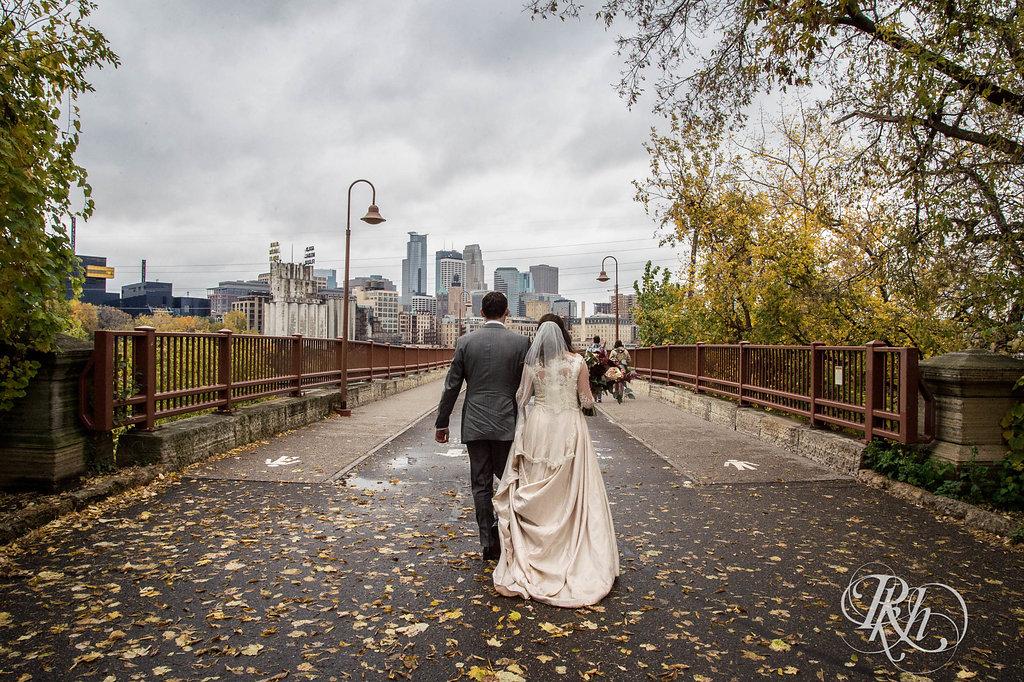 Greta&Paul-MinnesotaWeddingPhotographer-RKHImages(1of29).jpg