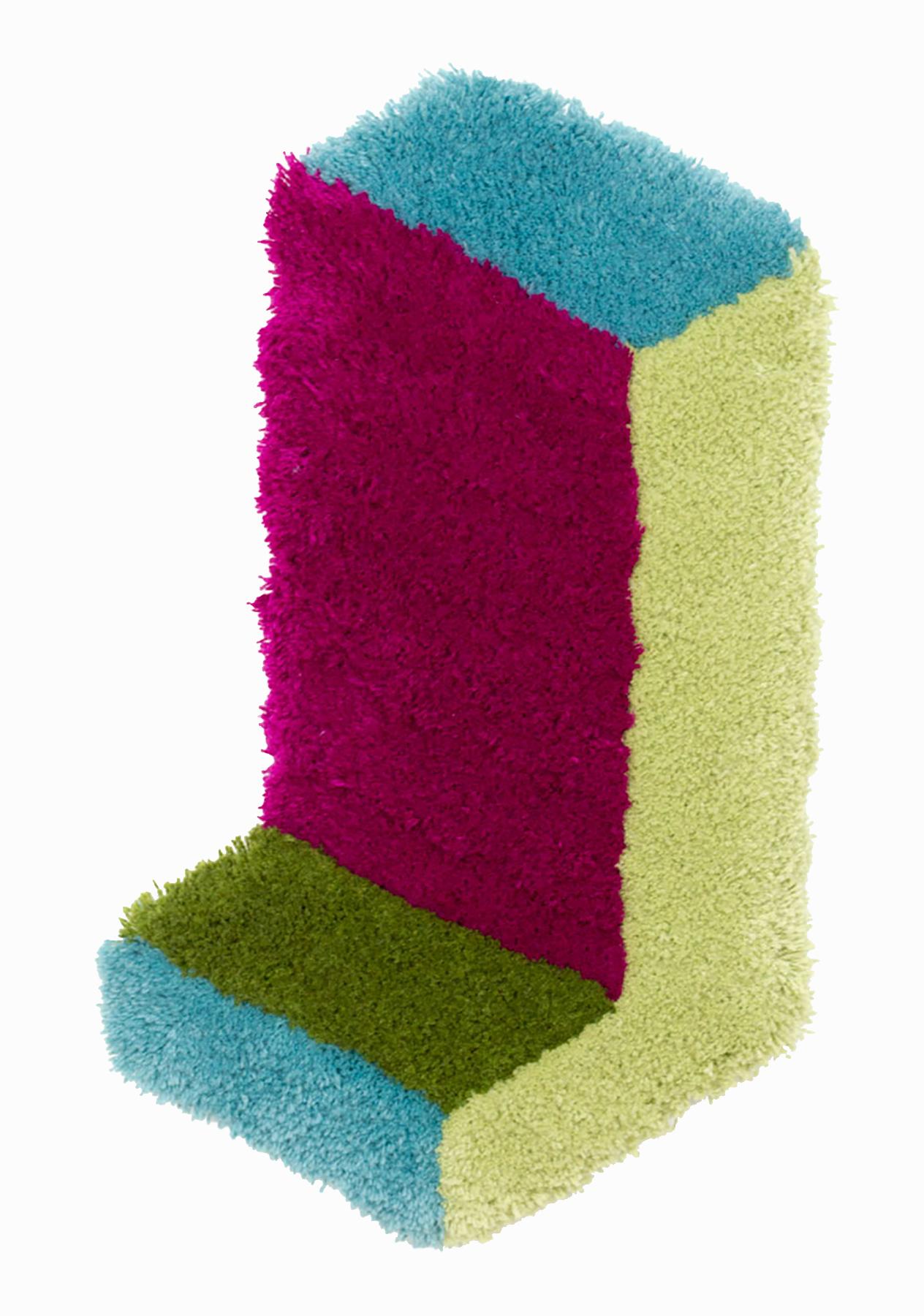 Corner Leg, 26 x 14.5 inches / 66 x 36.8 cm, wool yarn on wood panel, 2019