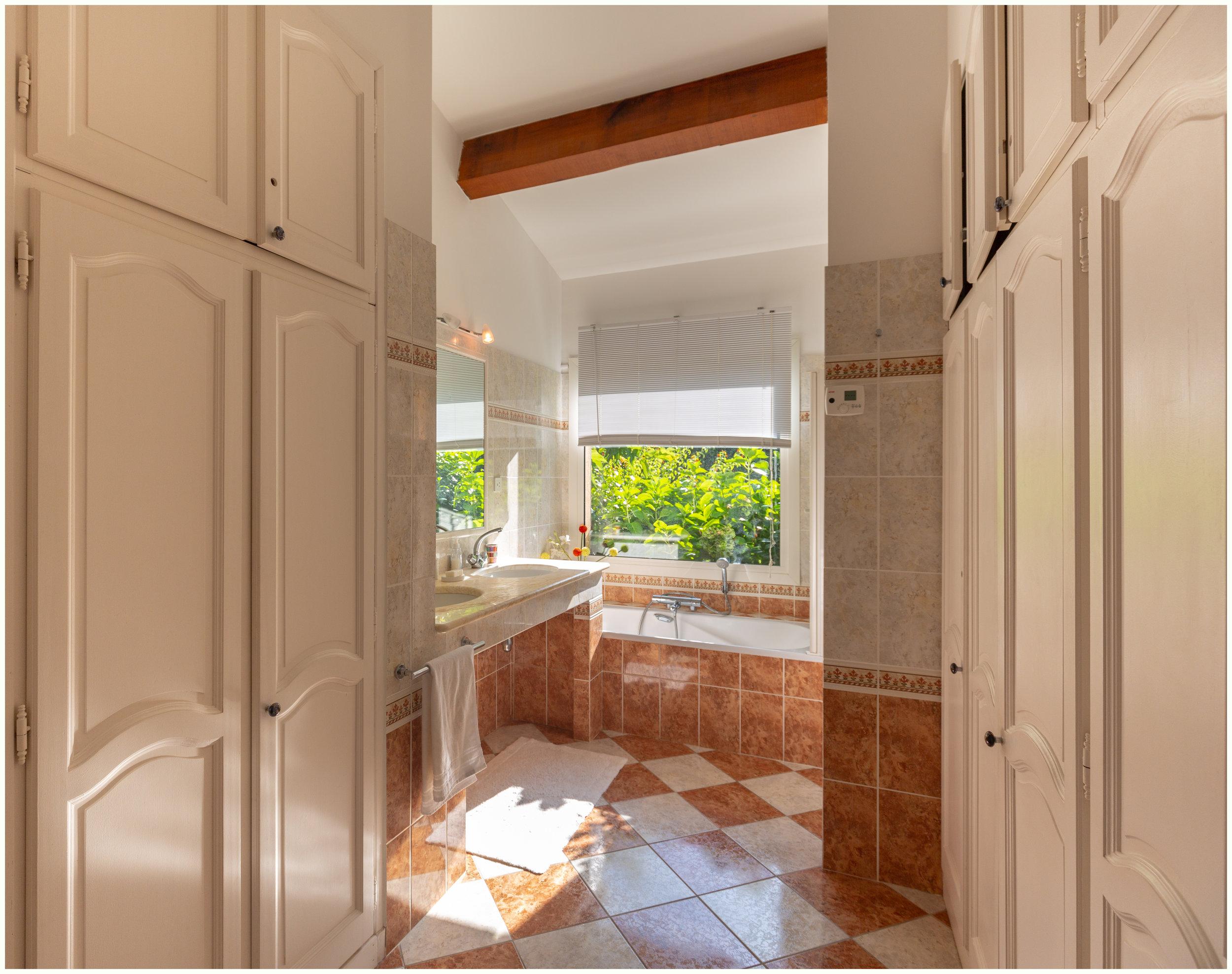 Hauptschlafzimmer Badezimmer
