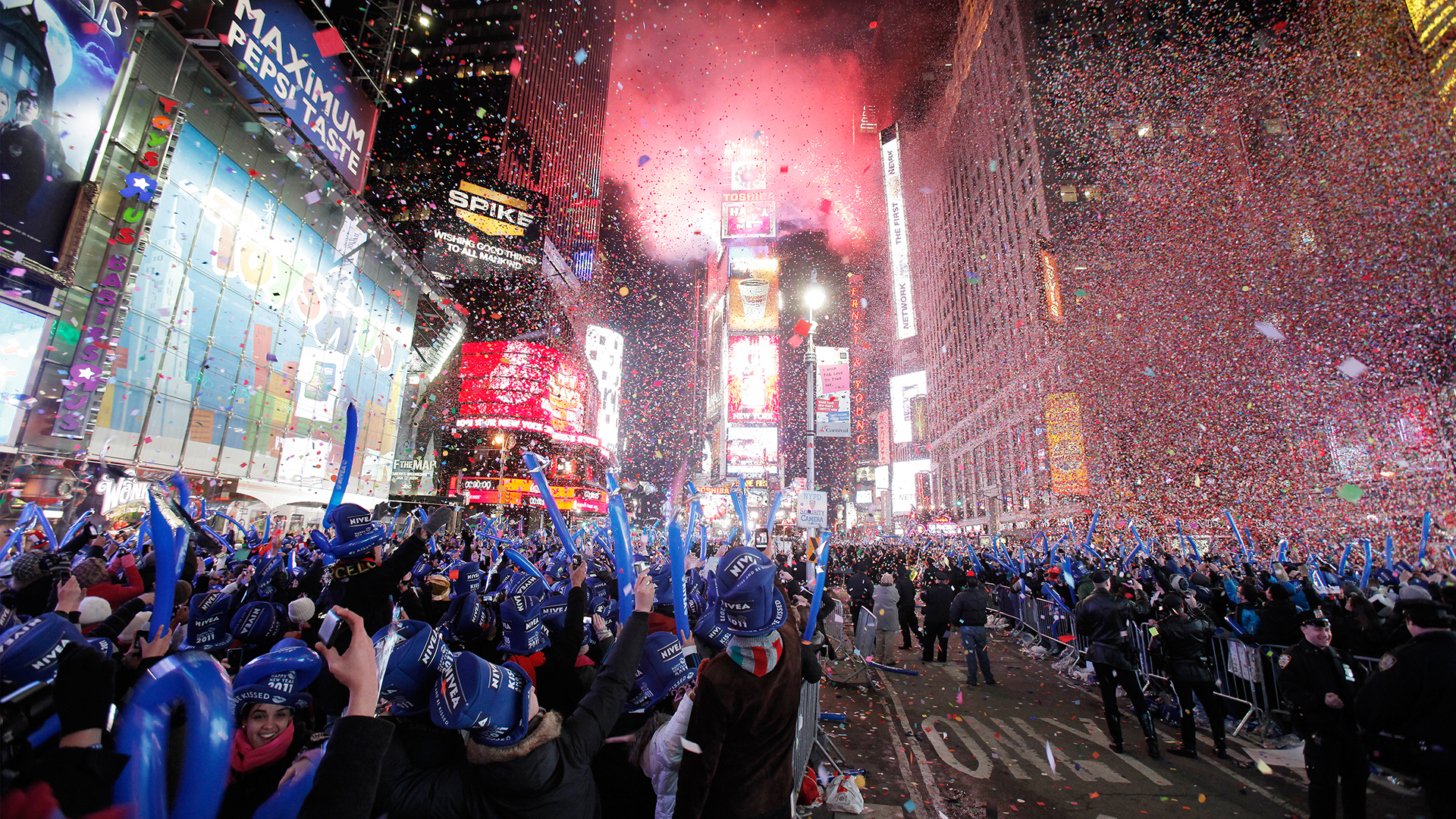 2d10976631-today-131230-times-square-new-years.jpg