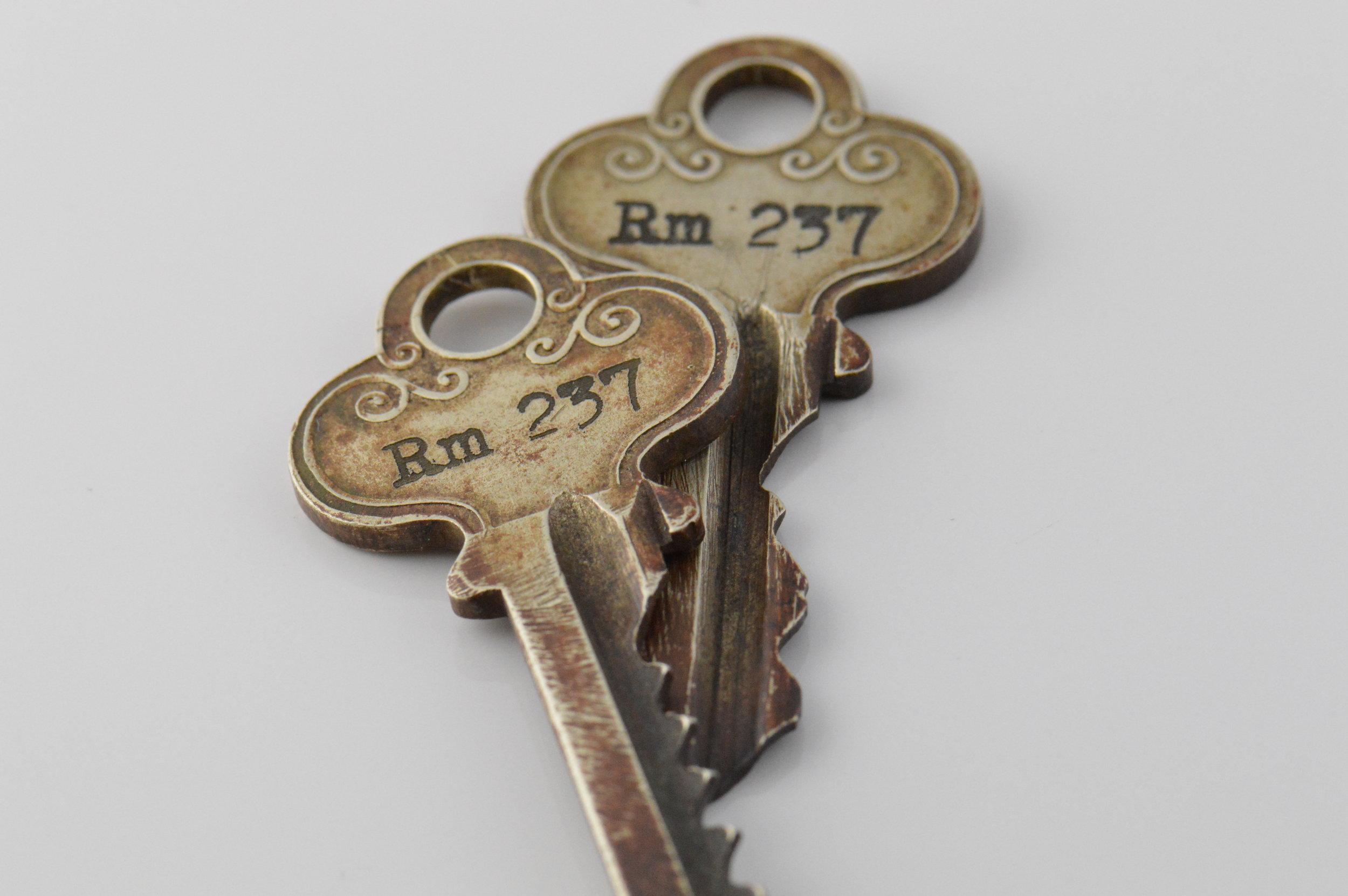 Homage to the Shining gift set of vintage room keys.