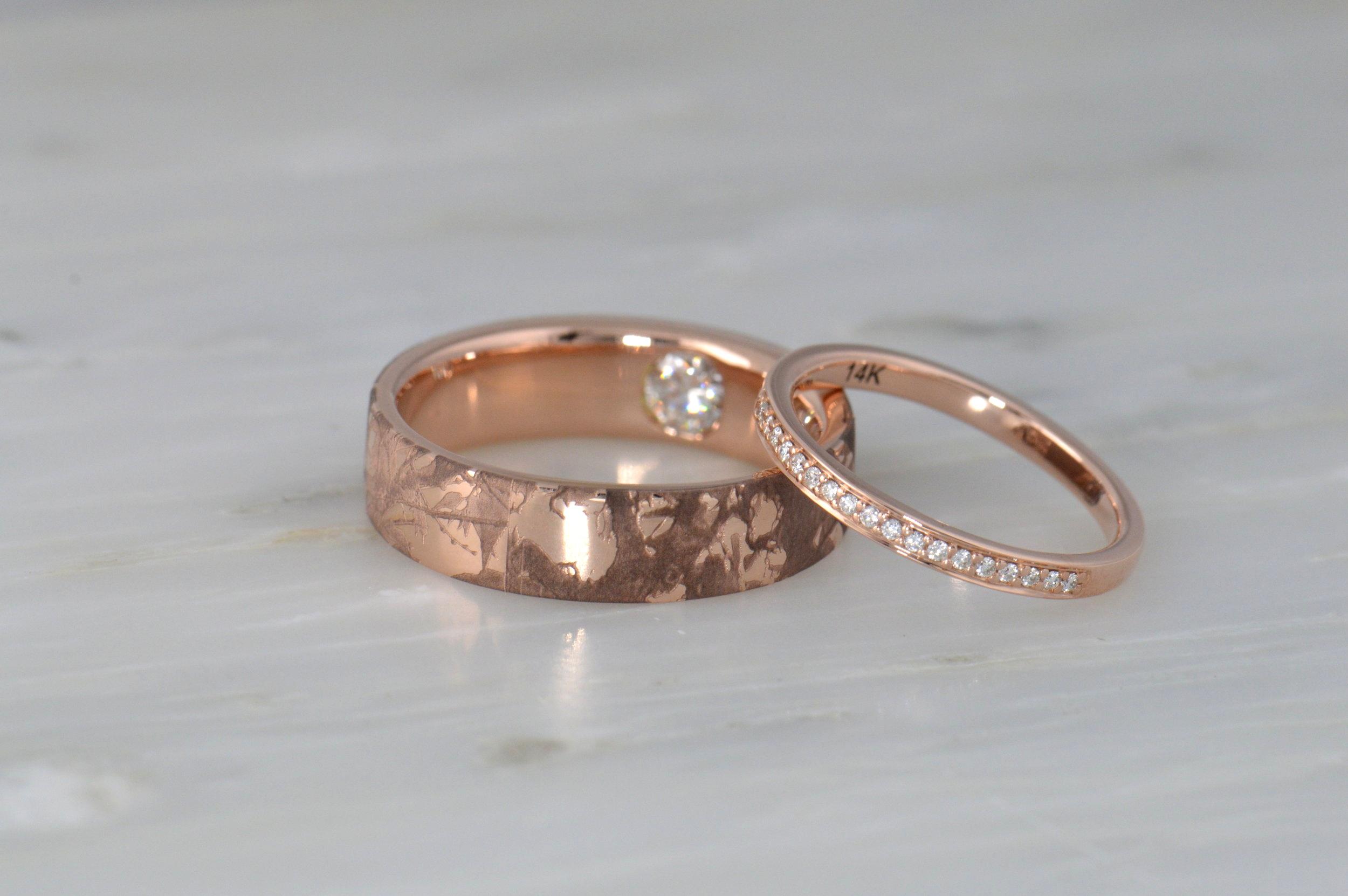 darvier-rose-gold-diamond-secret-engraved-wedding-set.JPG