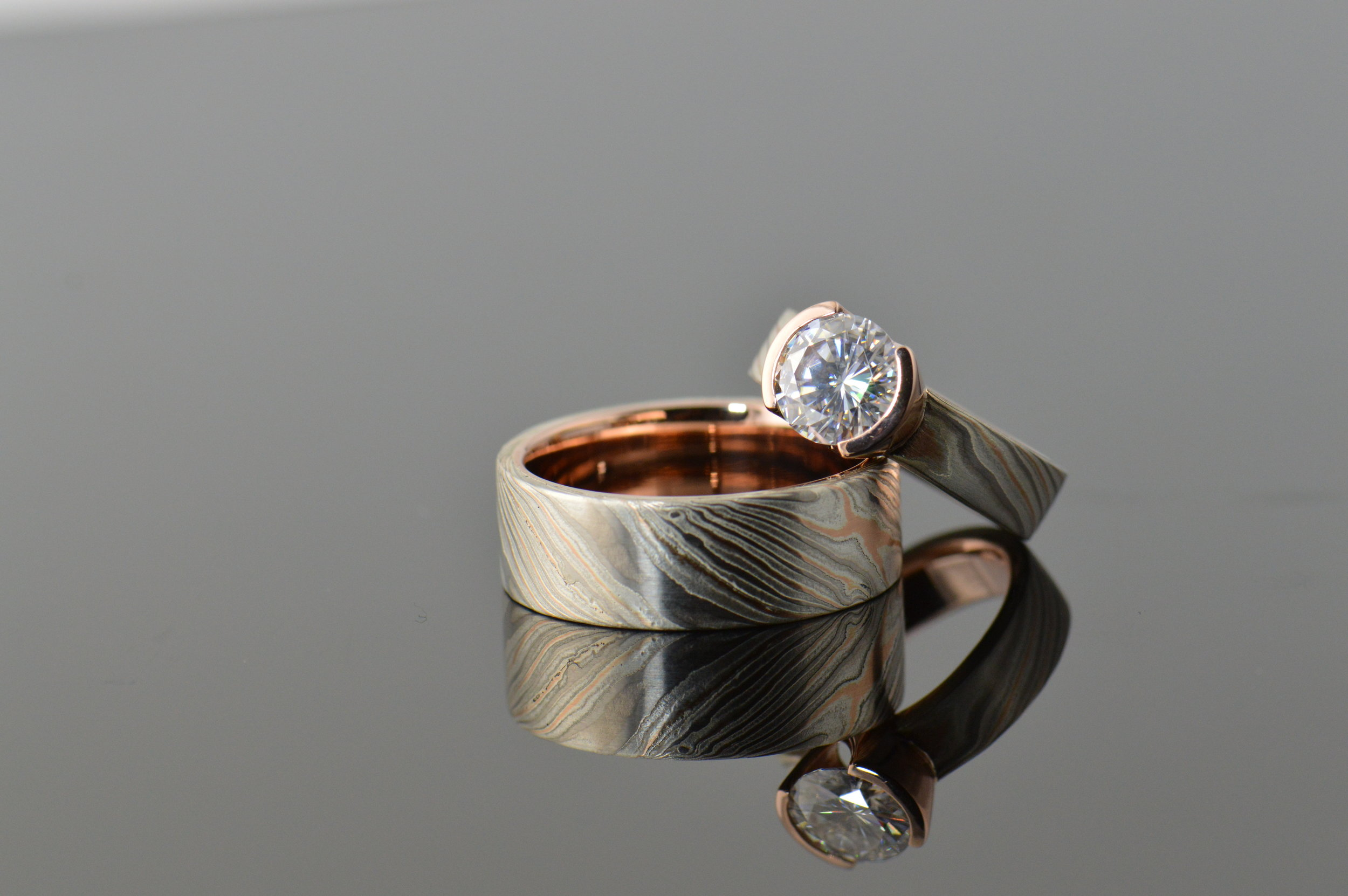 darvier-half-bezel-woodgrain-rose-palladium-wedding-set.JPG