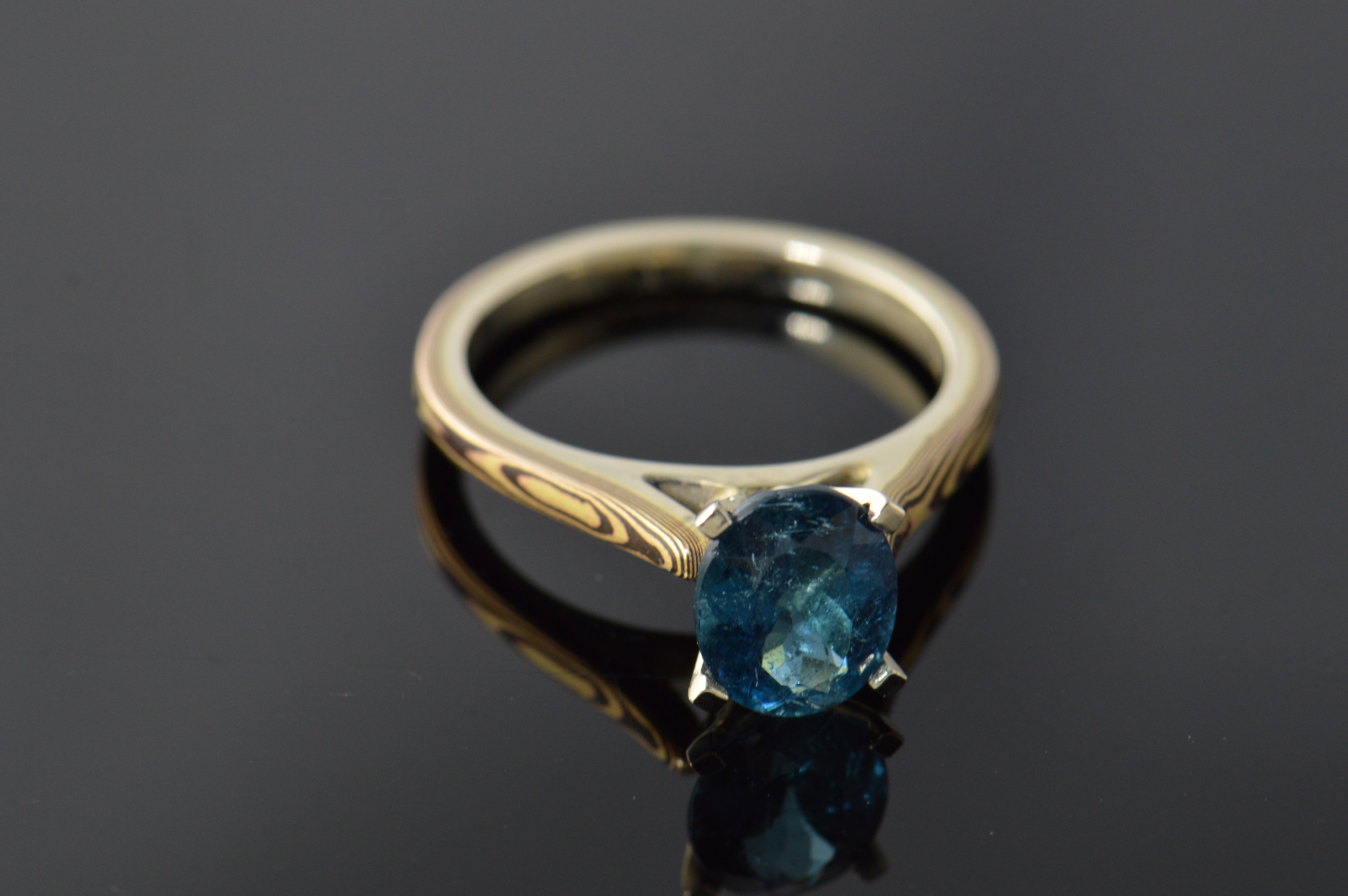 darvier-tourmaline-shakudo-18k-engagement-ring-18k.JPG