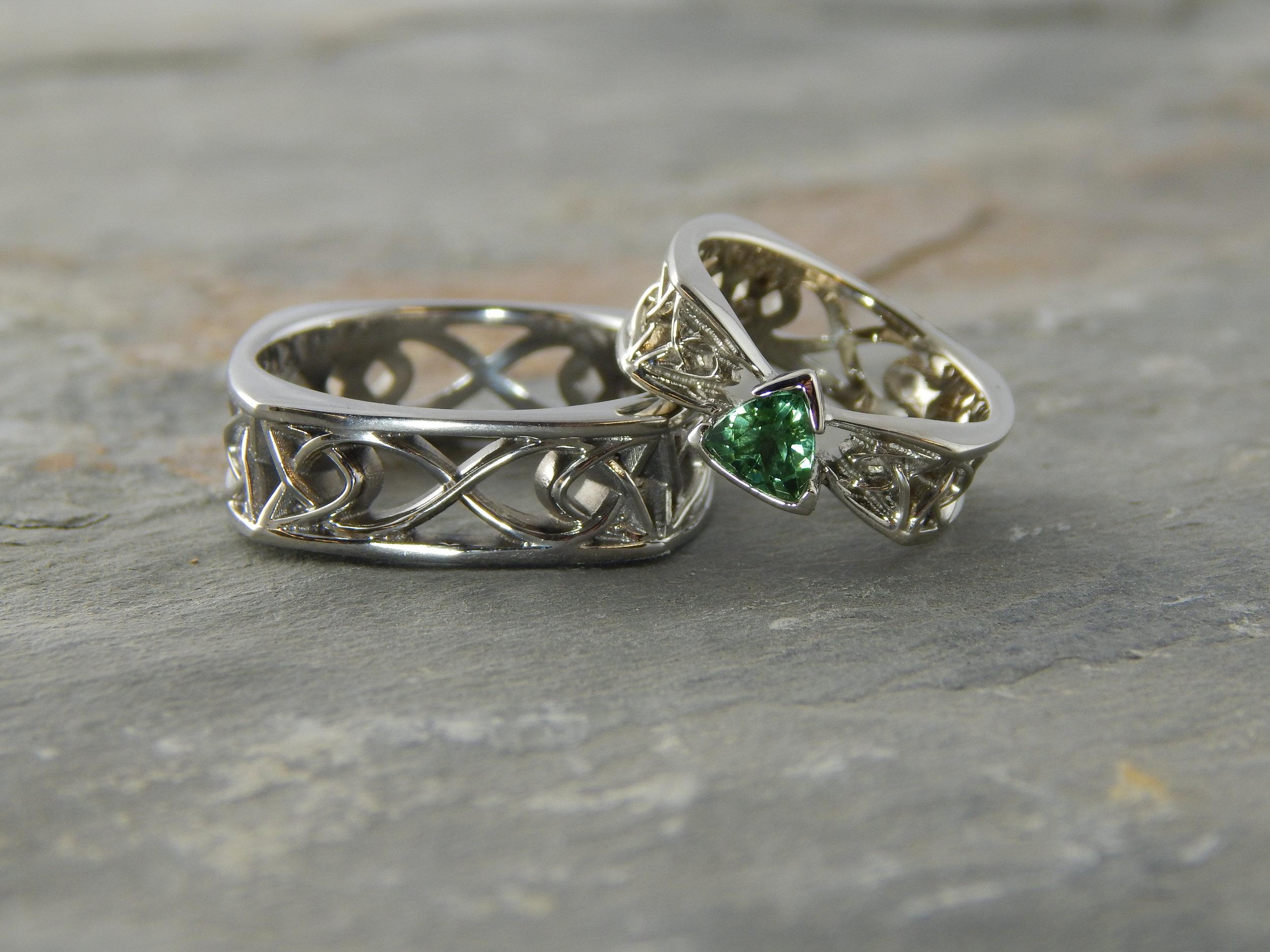 darvier-celtic-trillion-tourmaline-white-gold-wedding-set.JPG