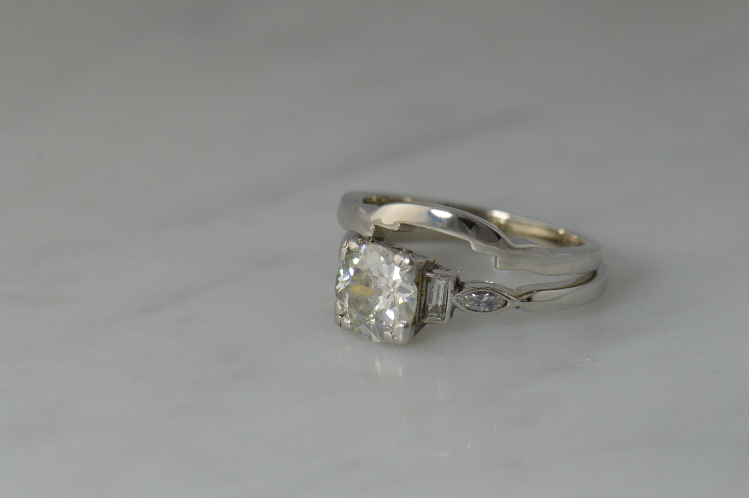darvier-client-vintage-ring-simple-fitted-very-important-wedding-ring.JPG