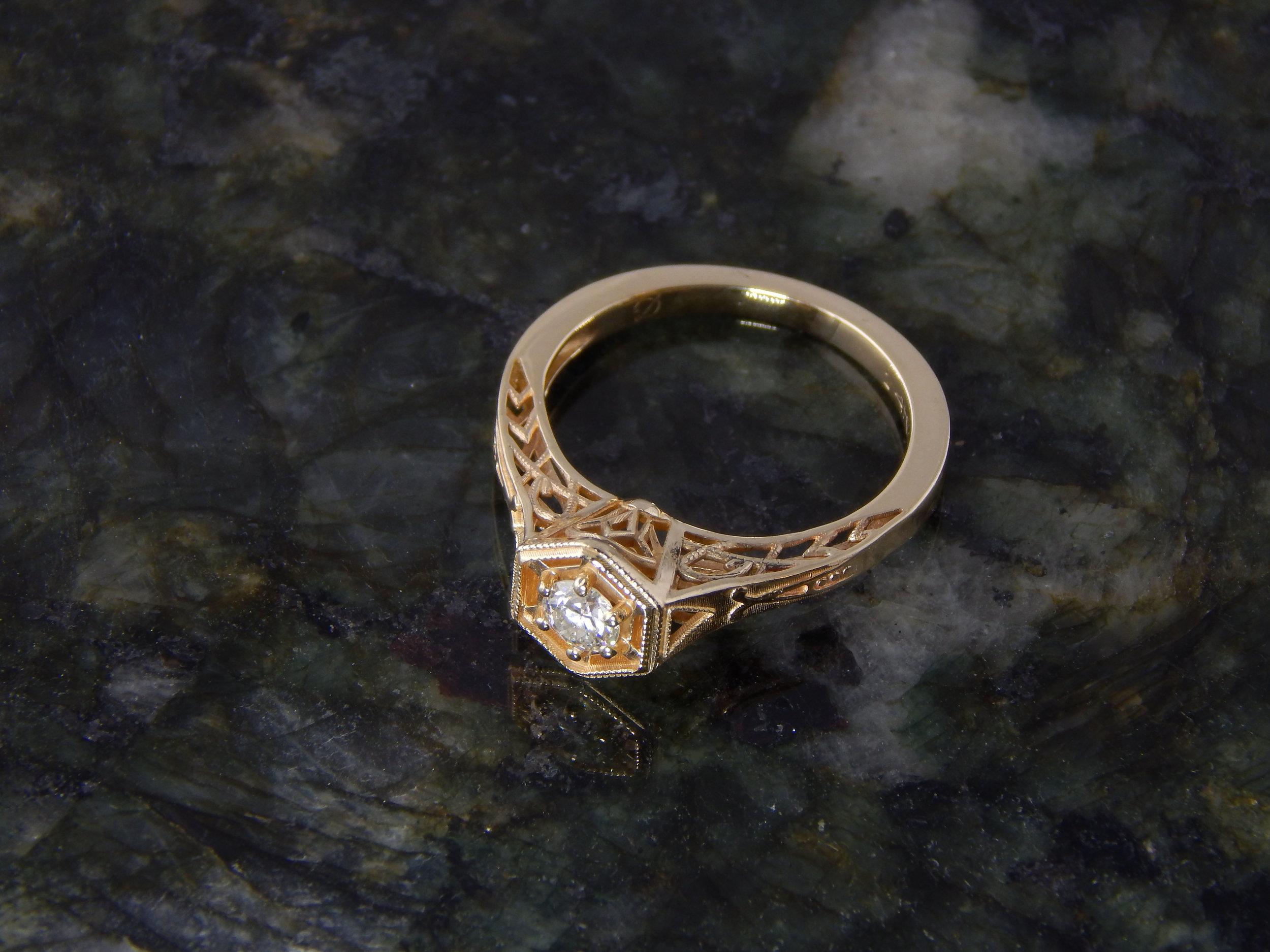 darvier-deco-rose-gold-diamond-ring-gallery-work.JPG