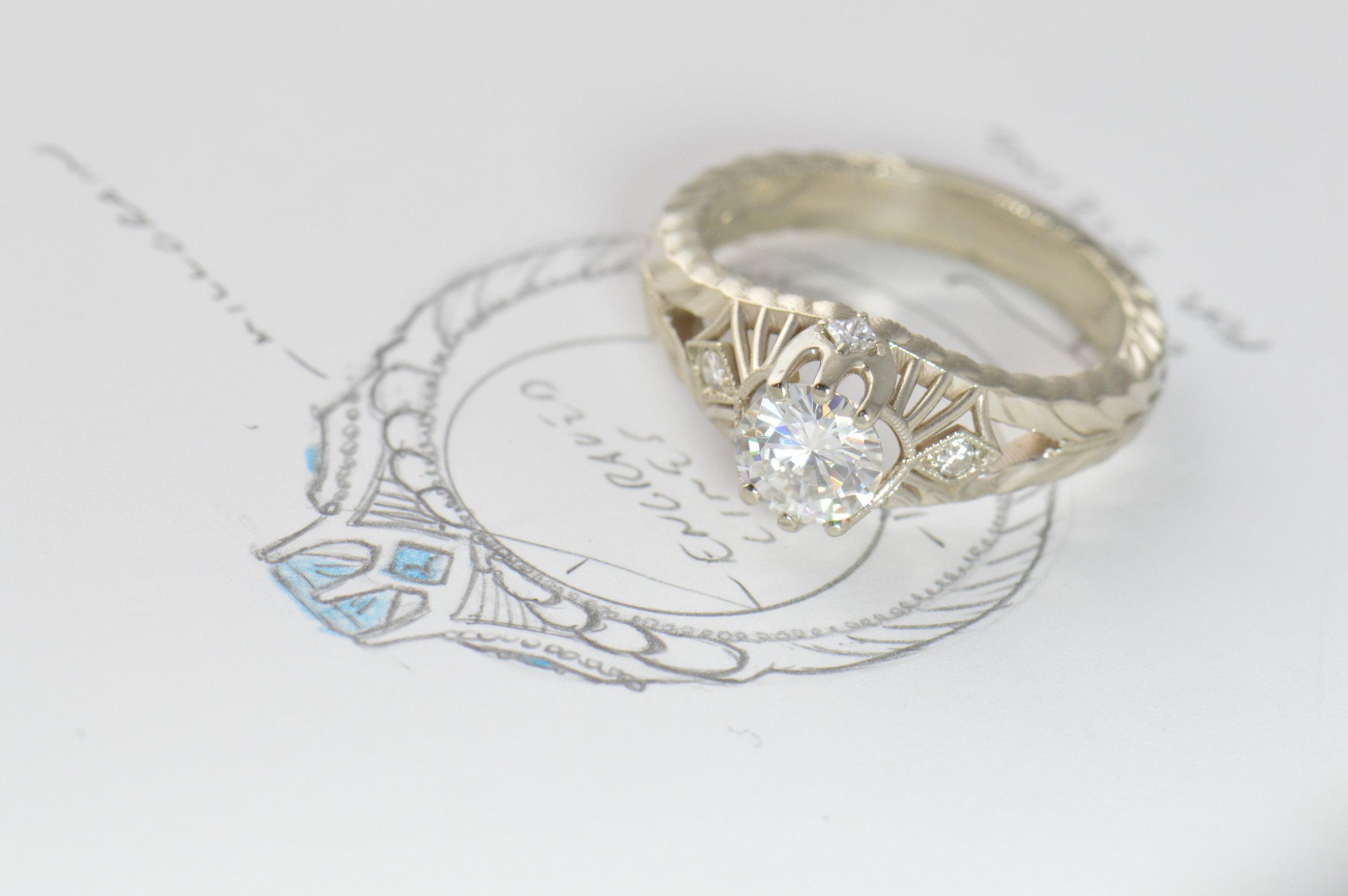 darvier-custom-trident-vintage-inspired-ring.JPG