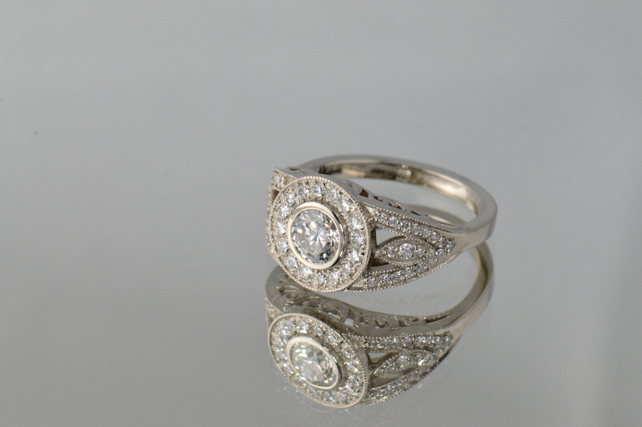 darvier-diamond-vintage-inspired-wedding-ring.JPG