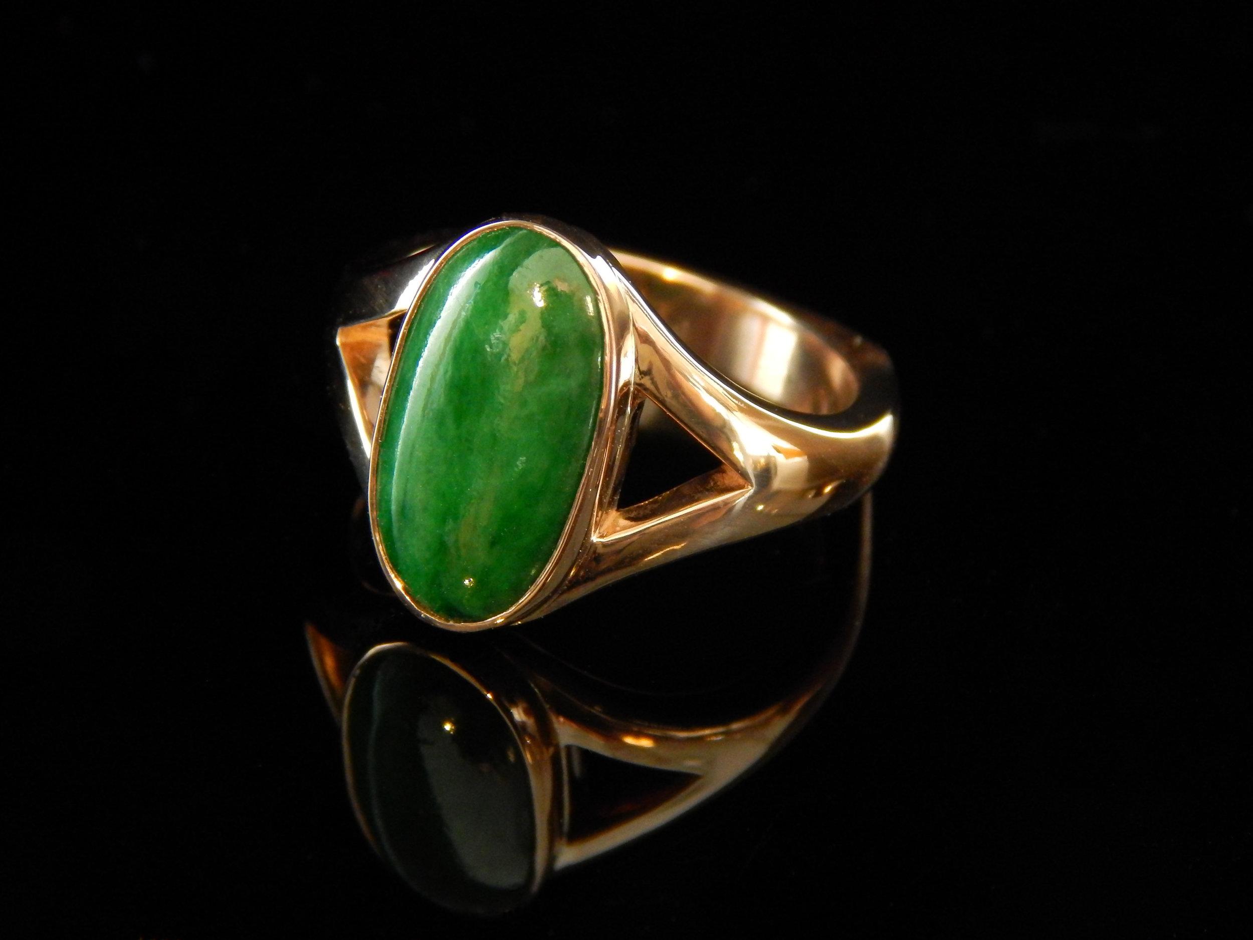 darvier-jade-in-rose-gold-ring.JPG