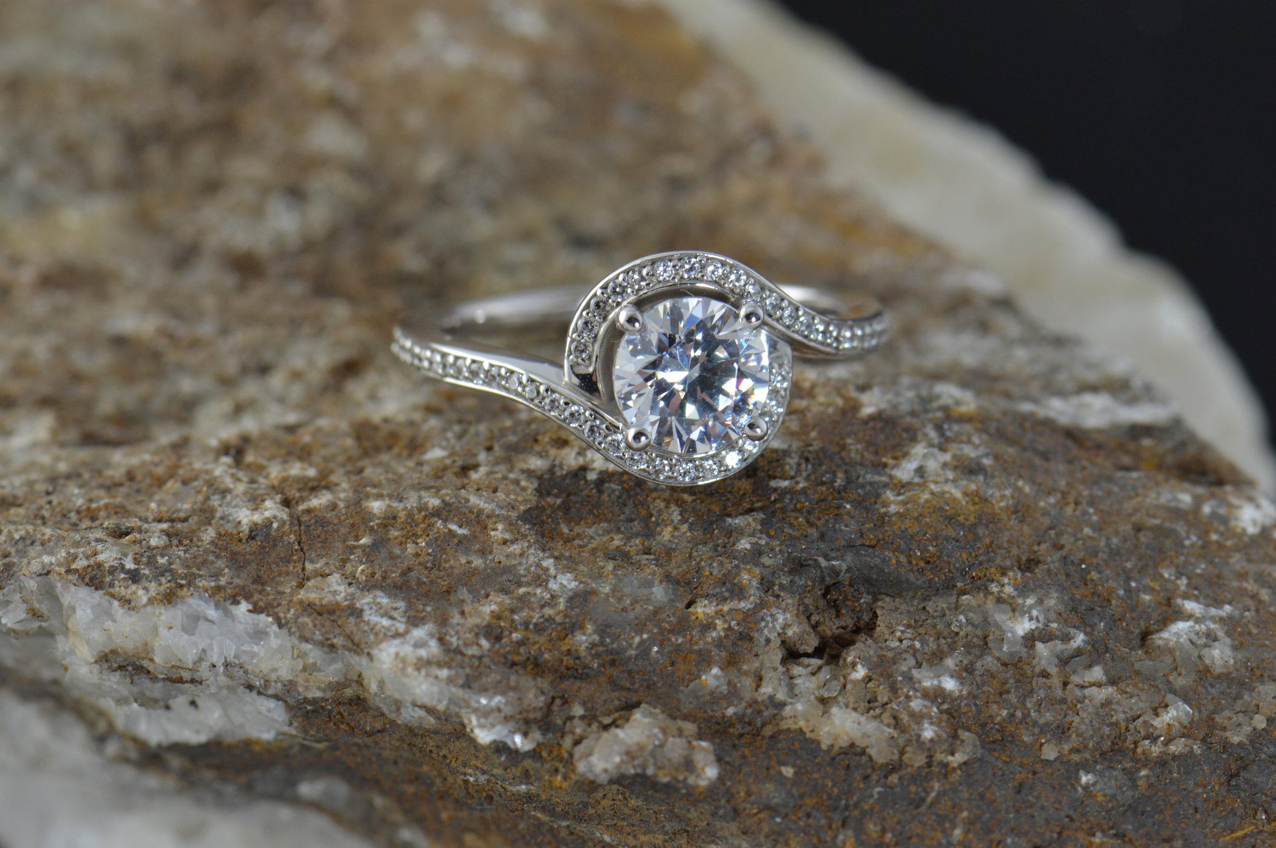 darvier-twist engagement-ring.JPG