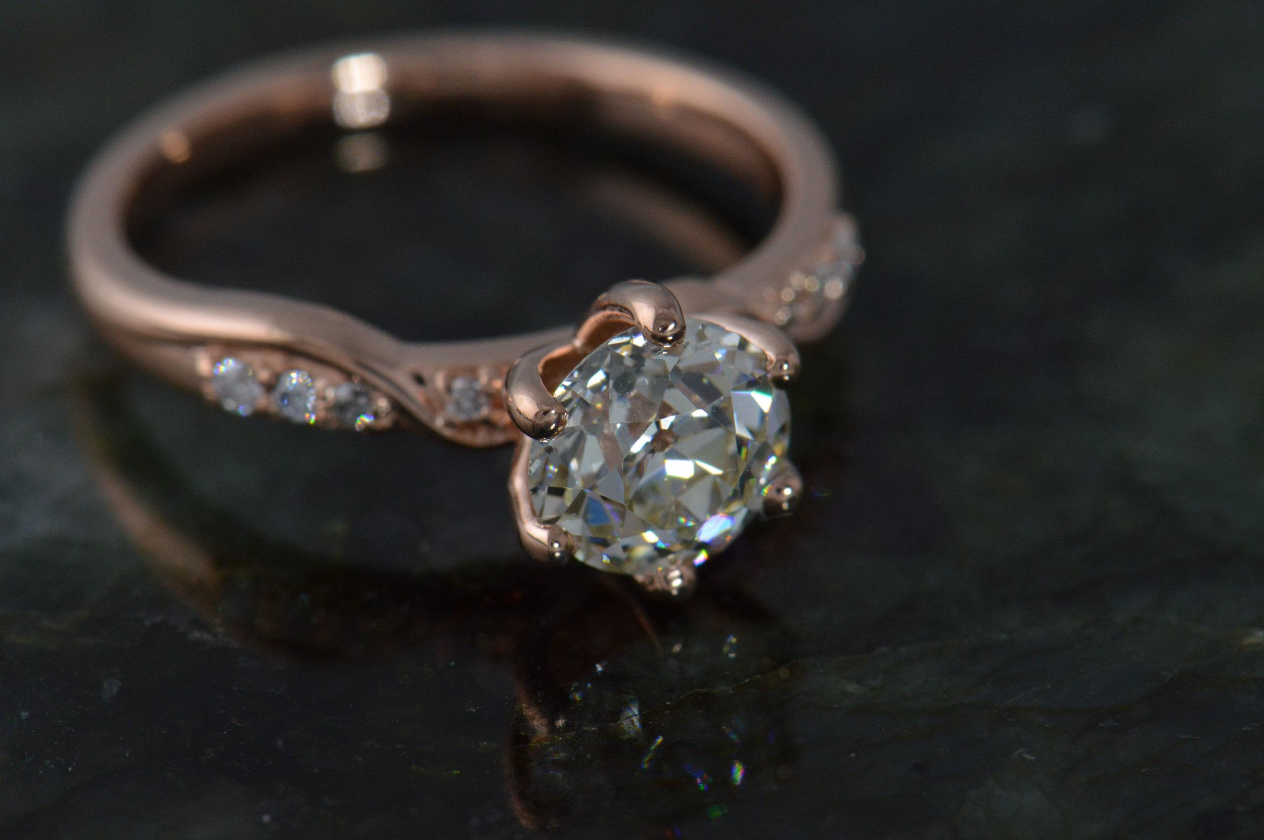 darvier-vintage-diamond-rose-gold-engagement-ring.JPG