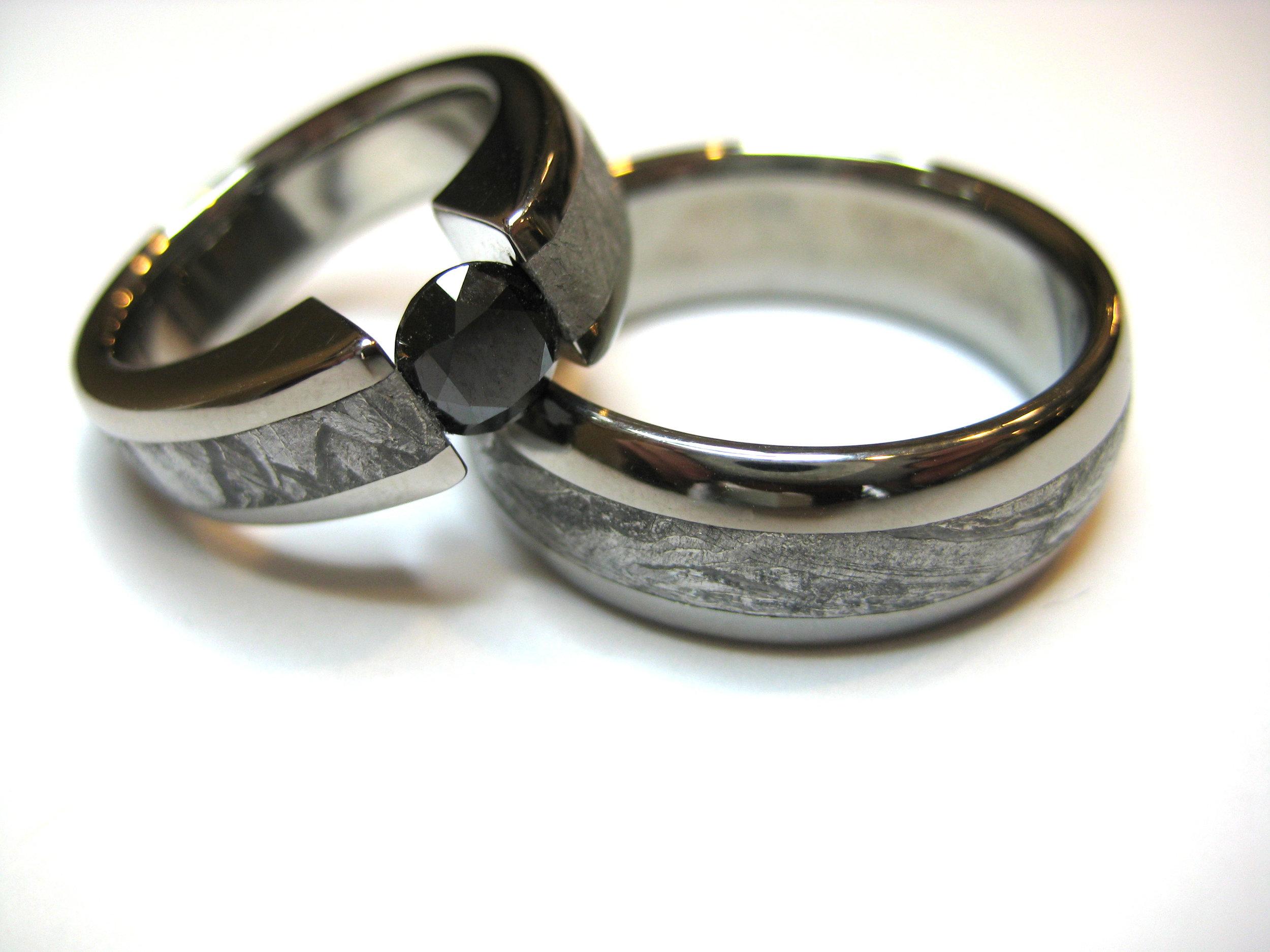 darvier-black-diamond-meteorite-tension-set-wedding-bands.JPG