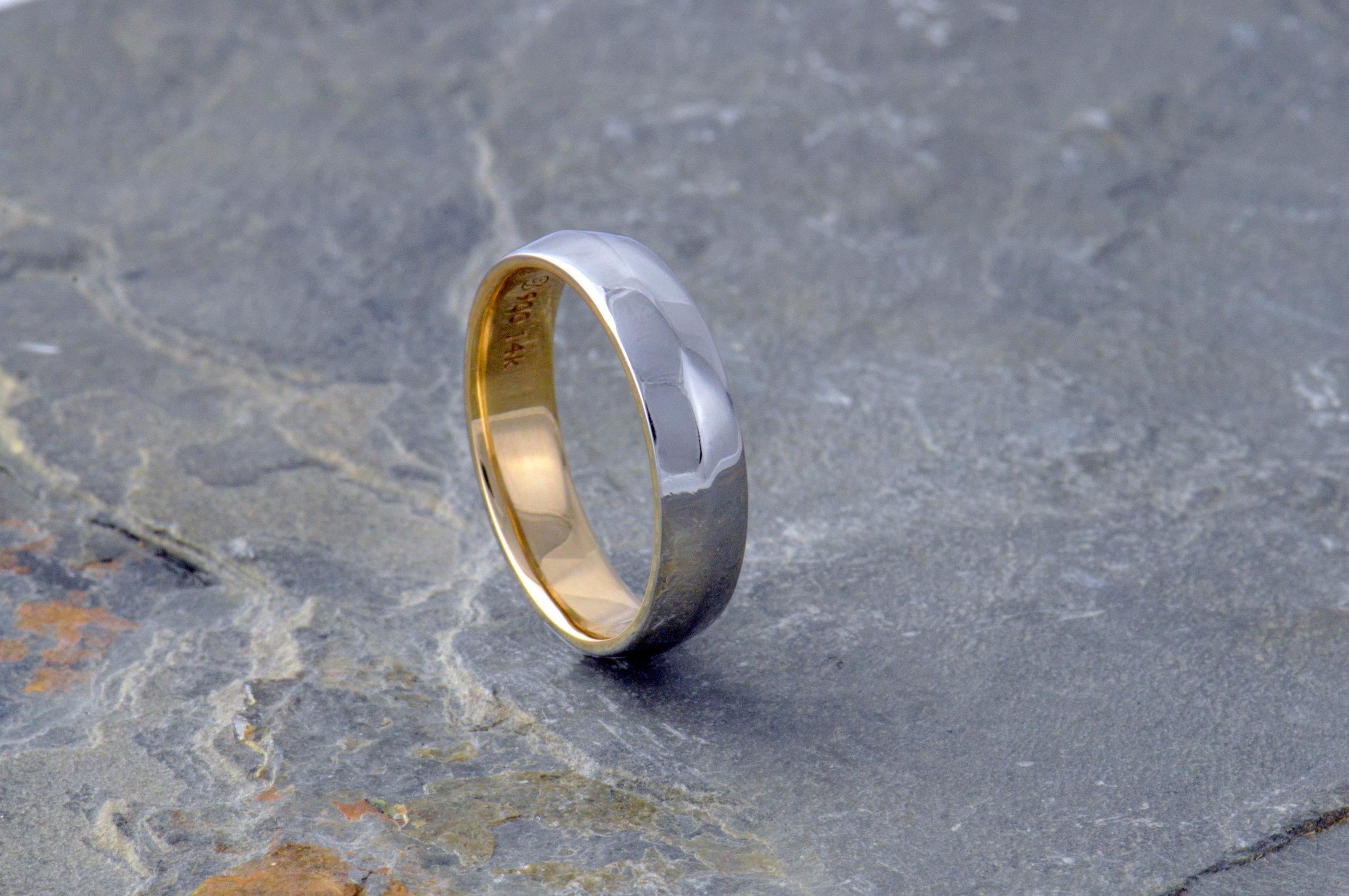 darvier-client-gold-platinum-overlay-knife-edge-wedding-ring.JPG