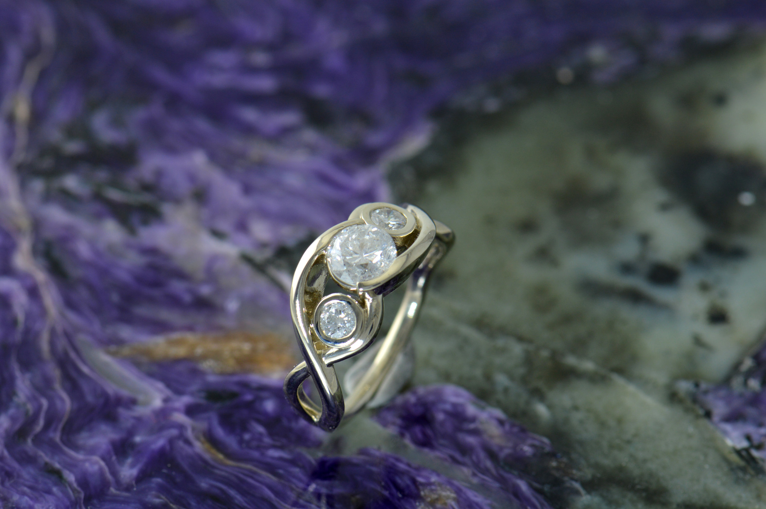darvier-free-form-diamond-engagement-ring.JPG