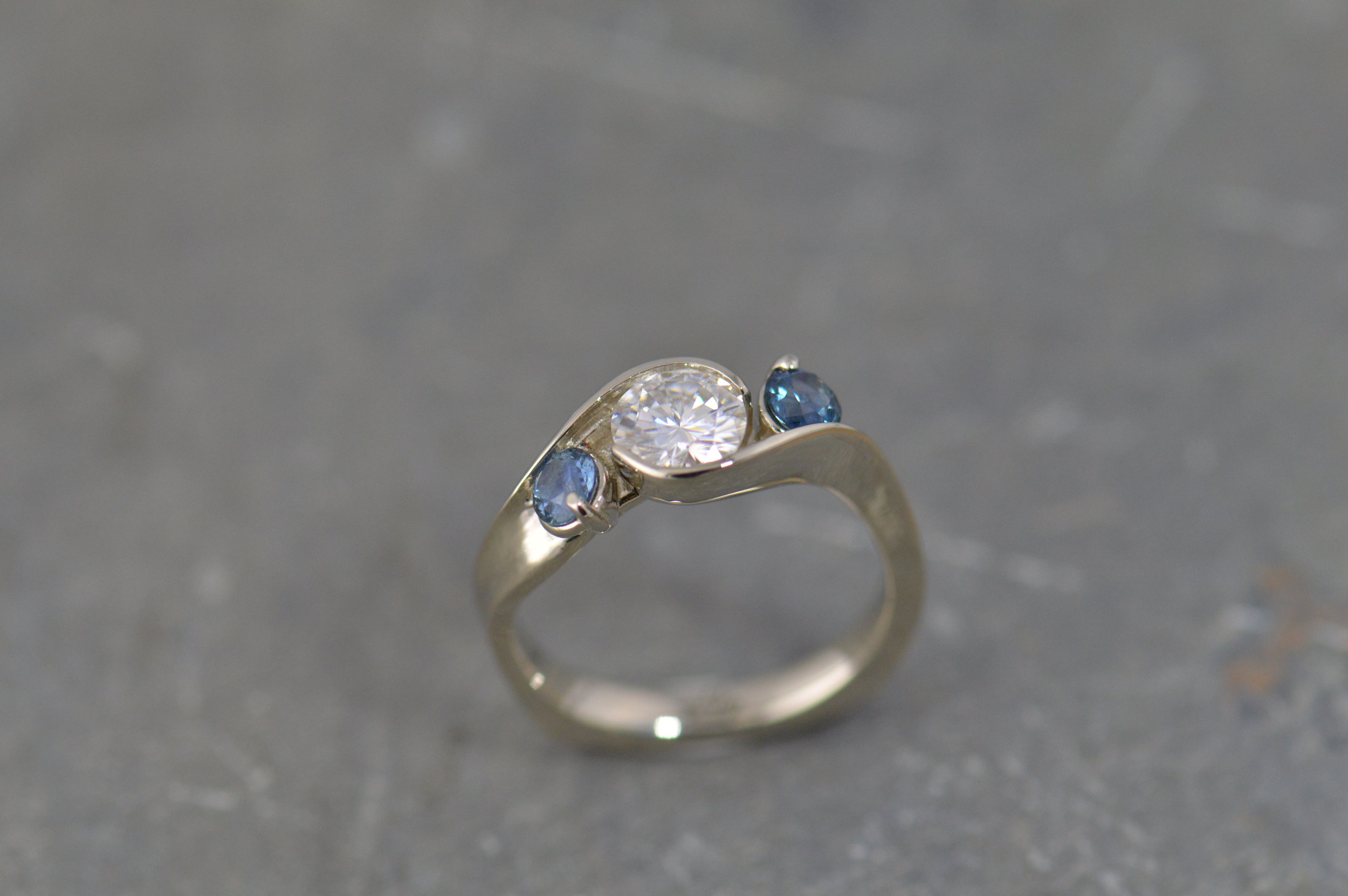 darvier-three-stone-twist-diamond-sapphire-engagement-ring.JPG