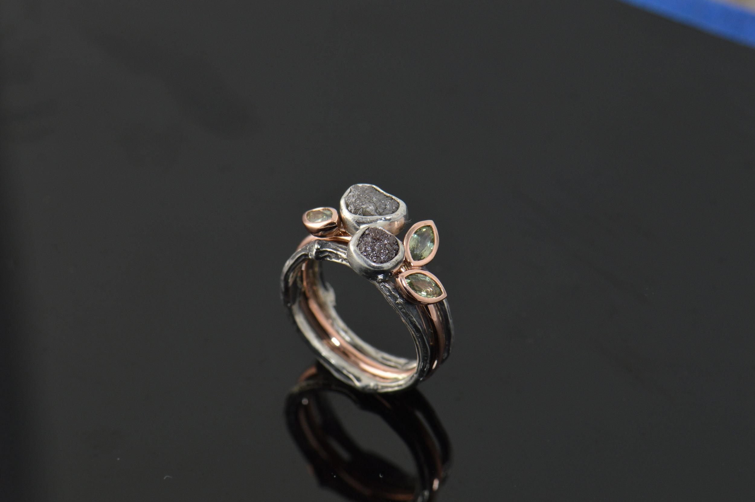 darvier-rose-gold-green-sapphire-stacking-ring-set.JPG