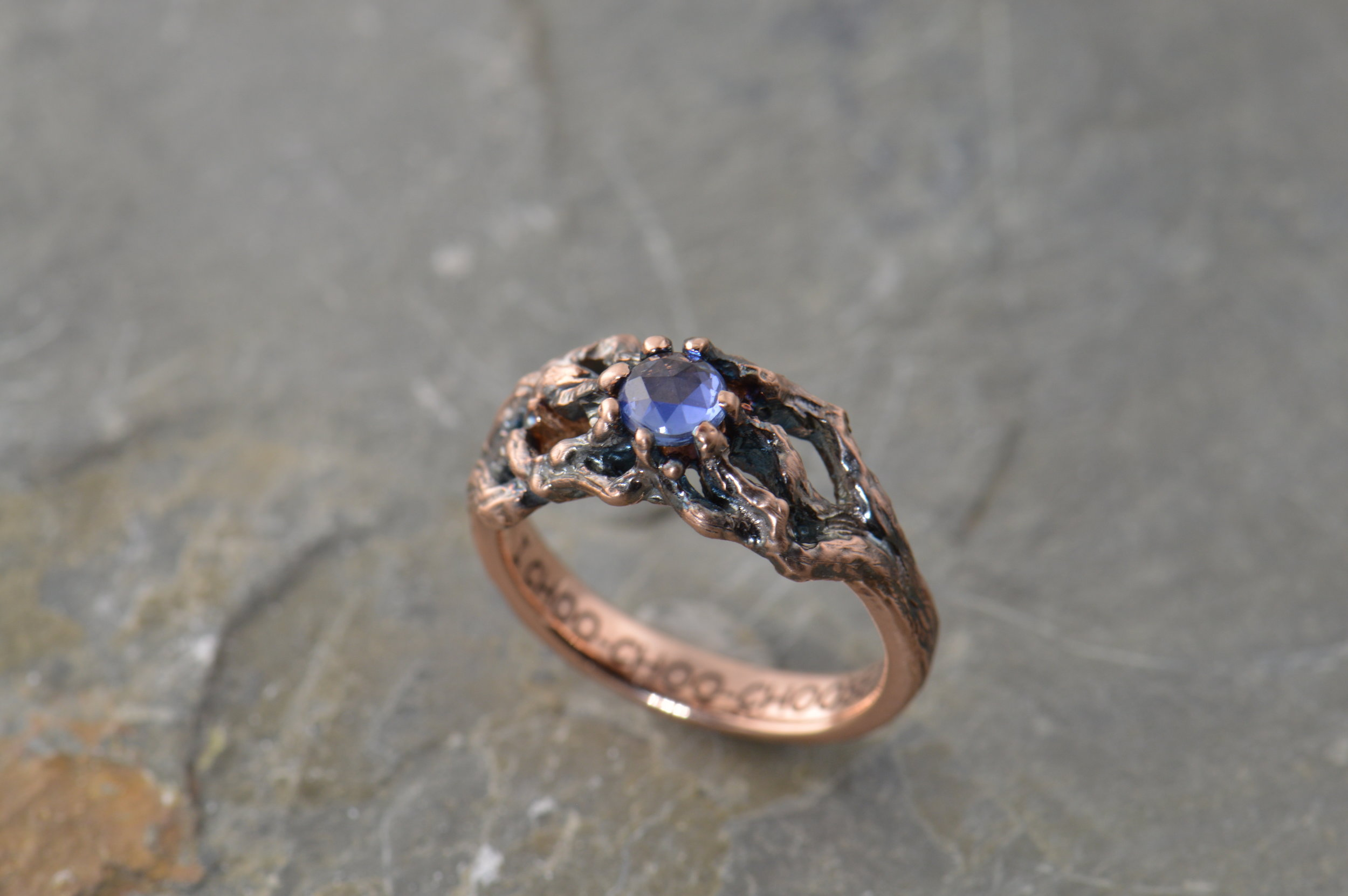 darvier-tree-ring-rose-gold-sapphire-rose-cut-patina.JPG